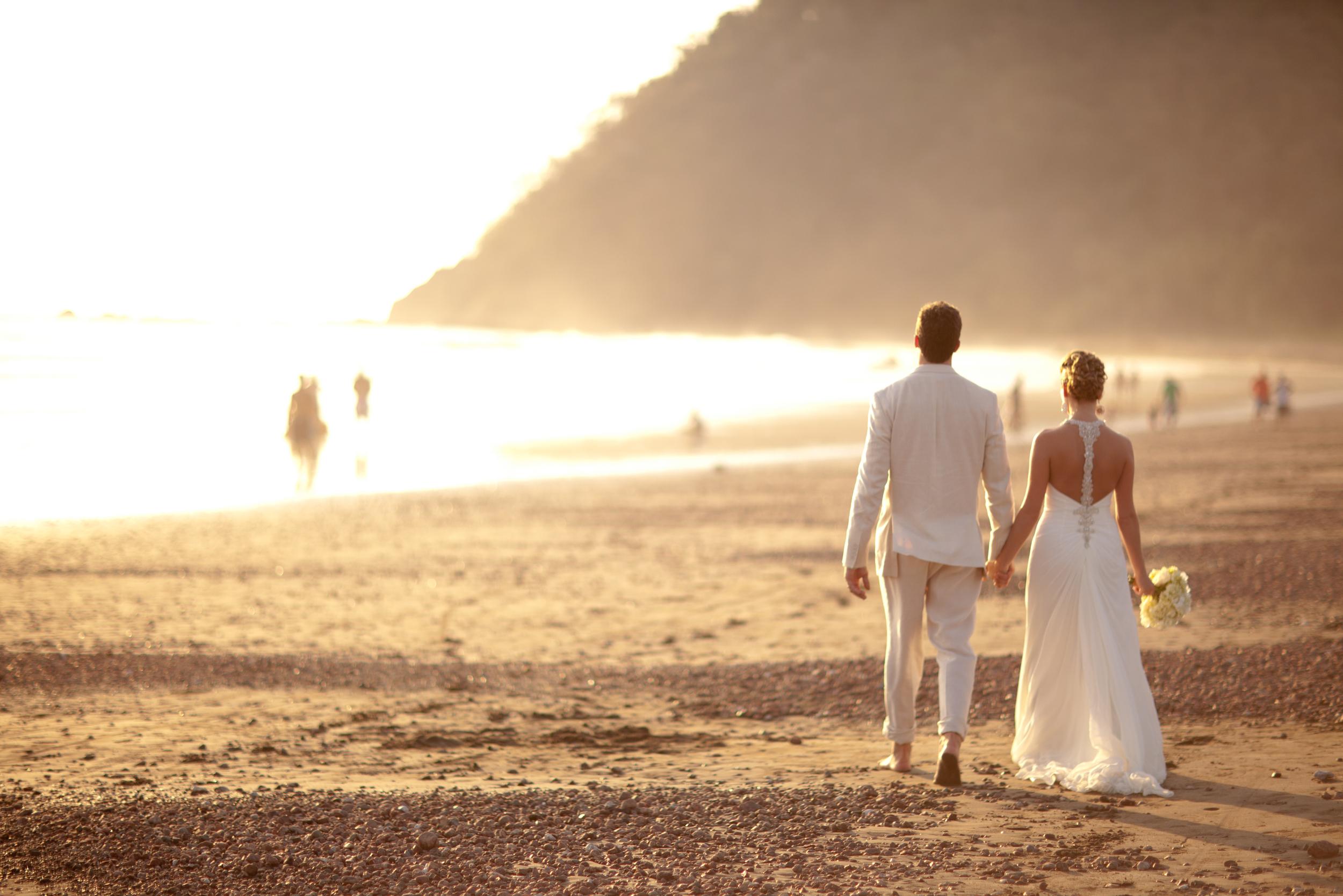 Destination Wedding on the beach in Costa Rica