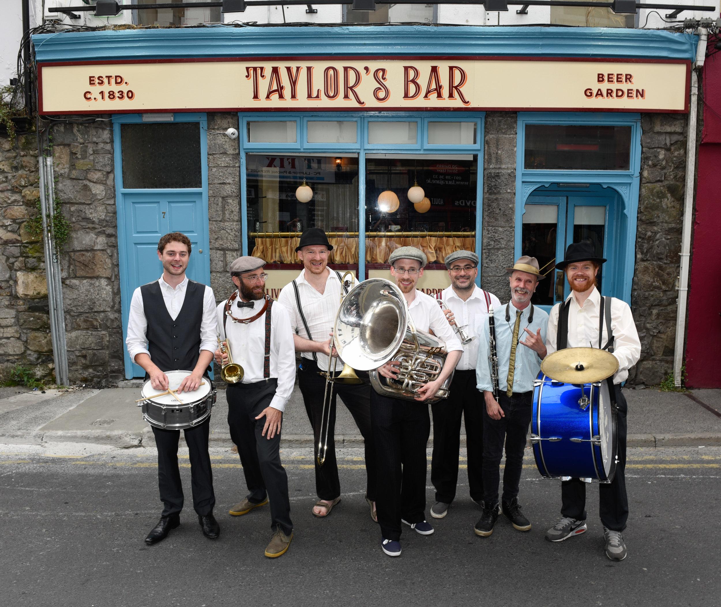 Taylors Bar-14.jpg