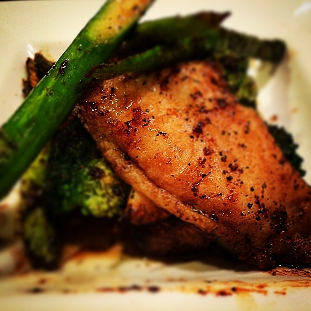 Mikimoto's delightful flounder, seared in garlic butter, served with sautéed asparagus,broccoli, and garlic cloves, and topped with soy sauce and black pepper. Come and enjoy this dish with us! #sushi #mikimotosushi #nolasushi