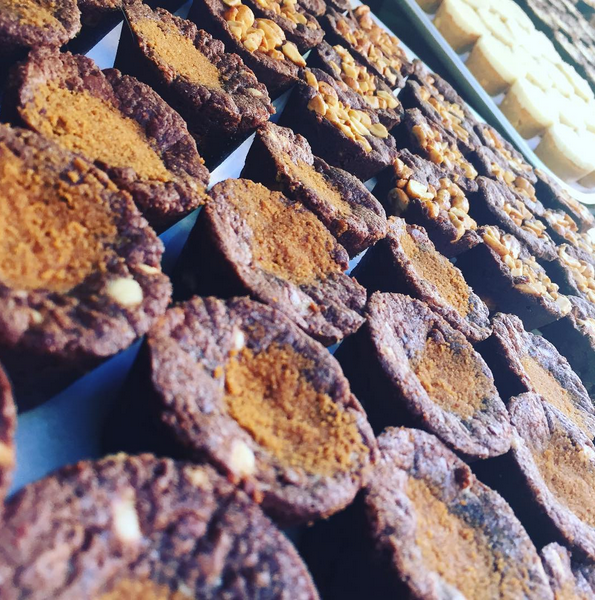 CARAMELISED BISCUIT - FRIDAY TREAT SELECTION