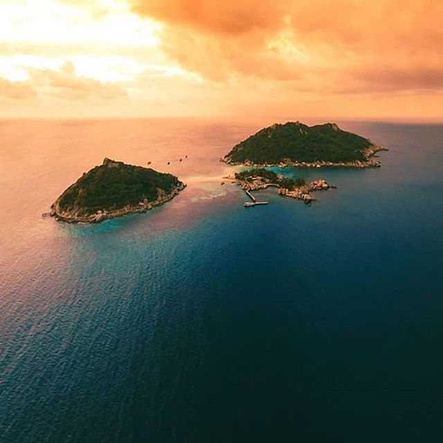 Amazing shot of our 3 baby sister islands, Koh Nangyuan. They're just a  short boat ride away  Come visit! 🌴🌞🌴🌞 . . . Fantastic 📸 by @kylemurphy_photography Thank you 🙏 . .