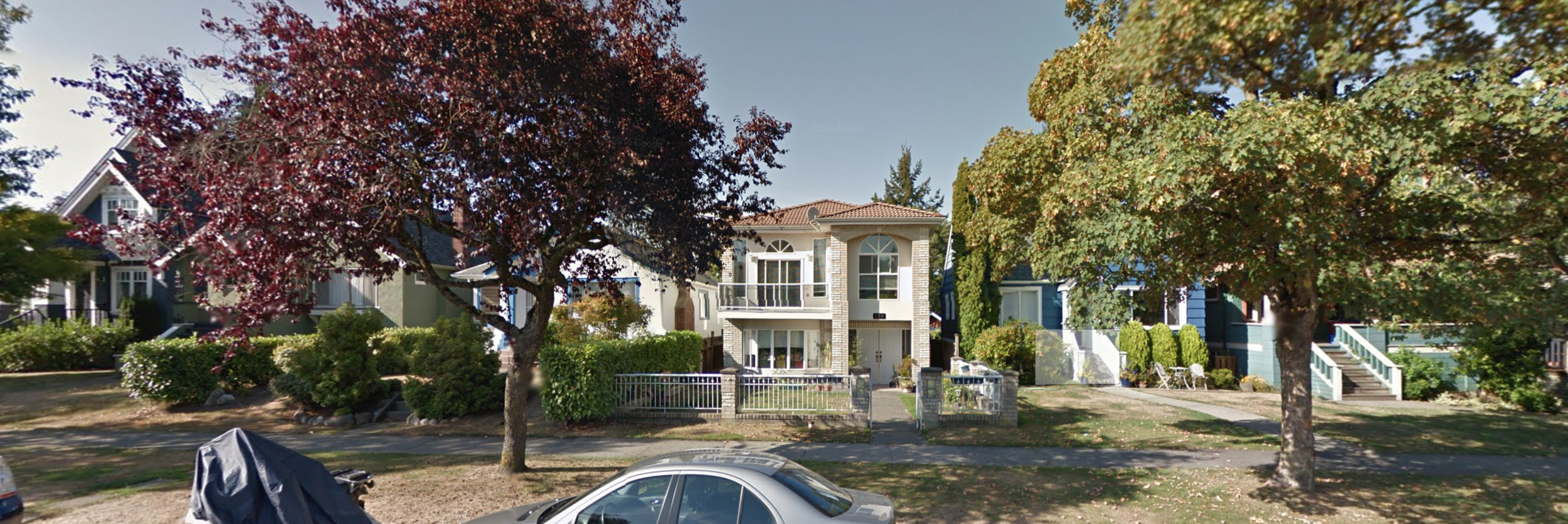 A typical Vancouver front yard, ~24' deep. Image: Google