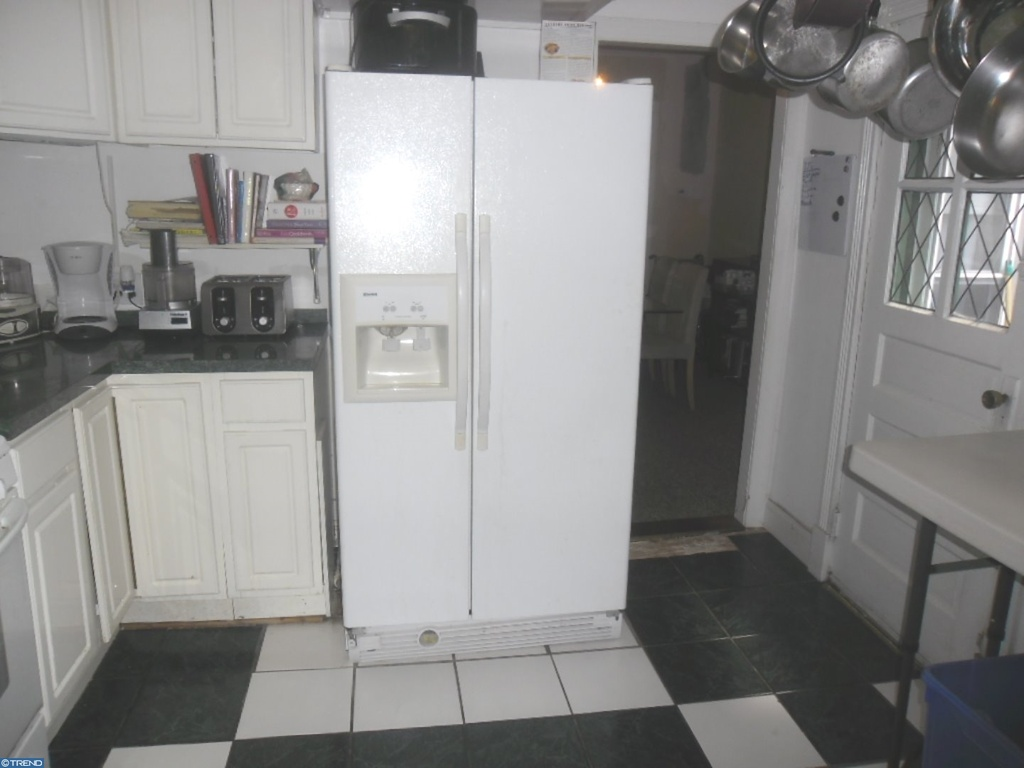Kitchen 3.jpg