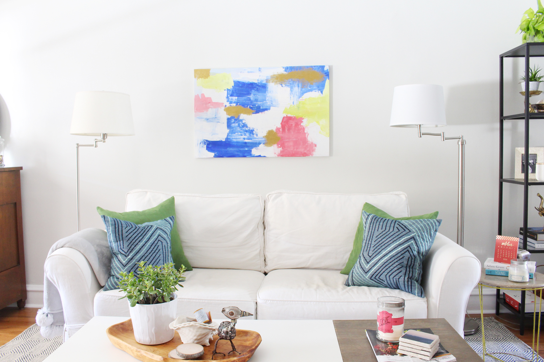 Eclectic-Bright-White-Living-Room-8.jpg