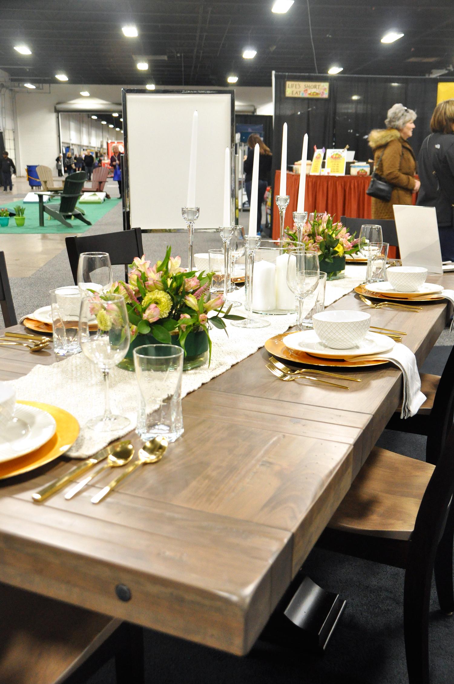 Home-Show-Feminine-Sophisticated-Elegant-Tablescape-Table-Setting-14.jpg