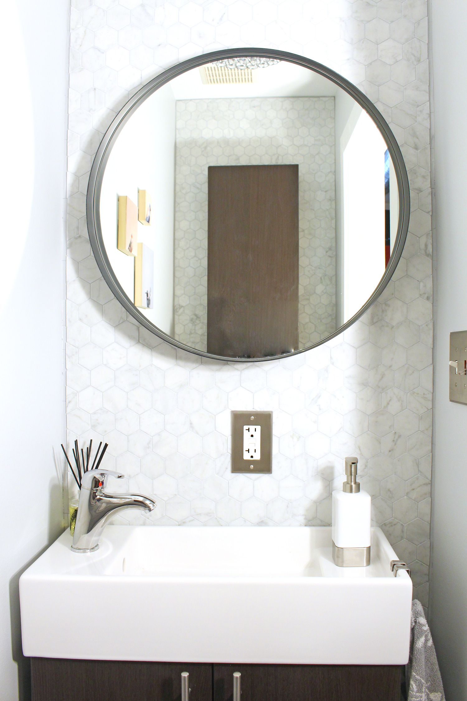 Before After A Teeny Tiny Powder Room Makeover