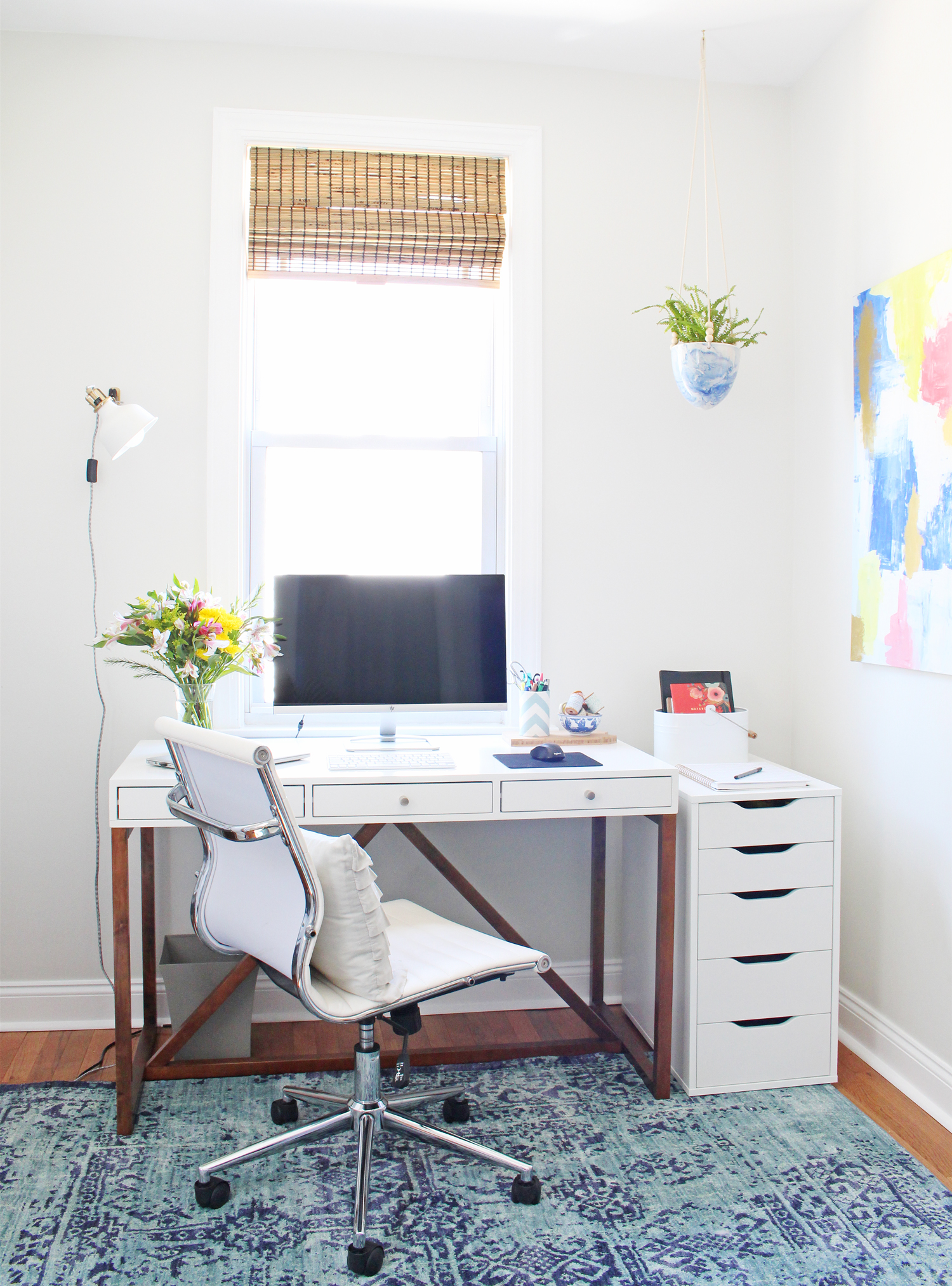 White, bright and modern home office.