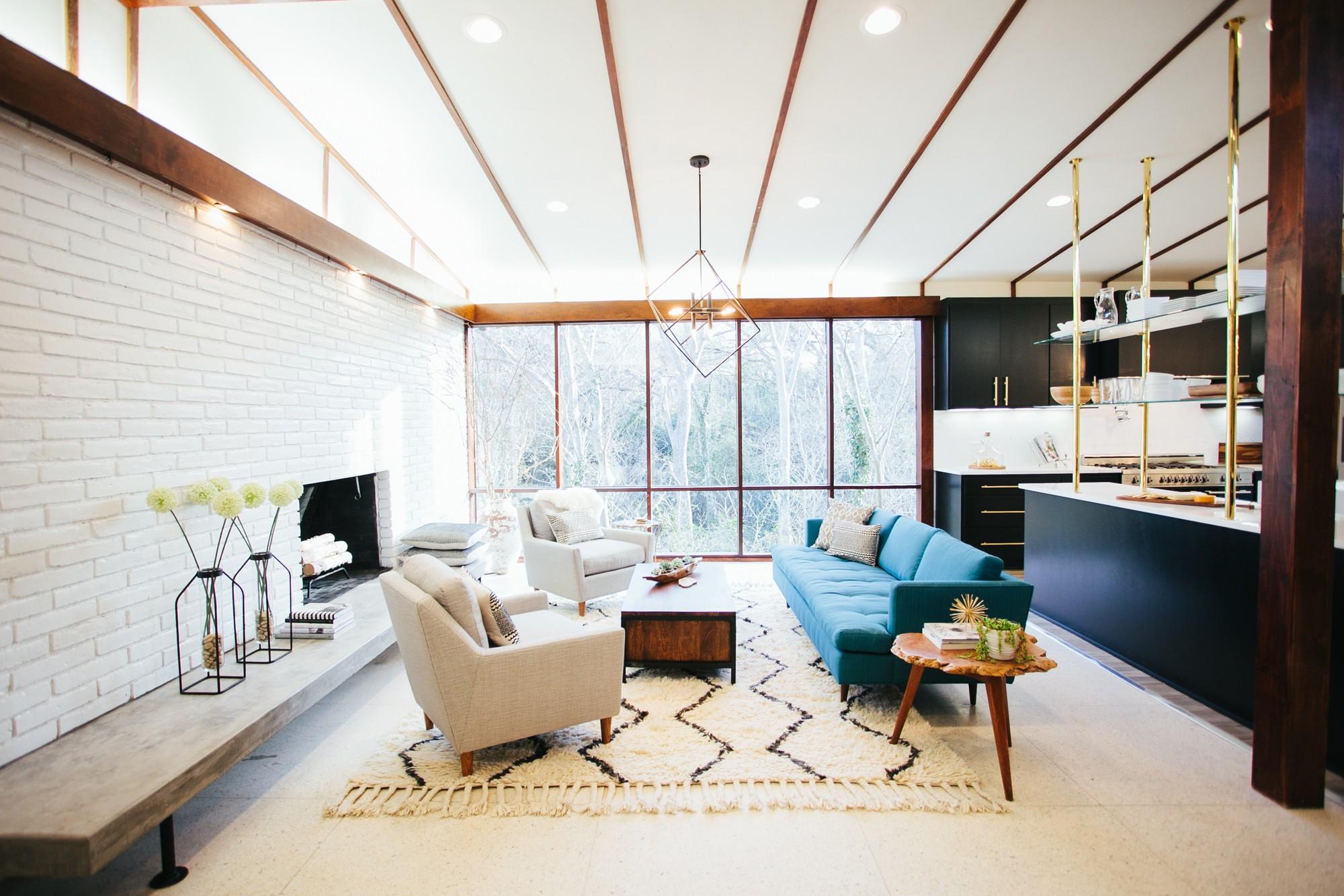 Mid-Century Modern living room from HGTV's Fixer Upper.