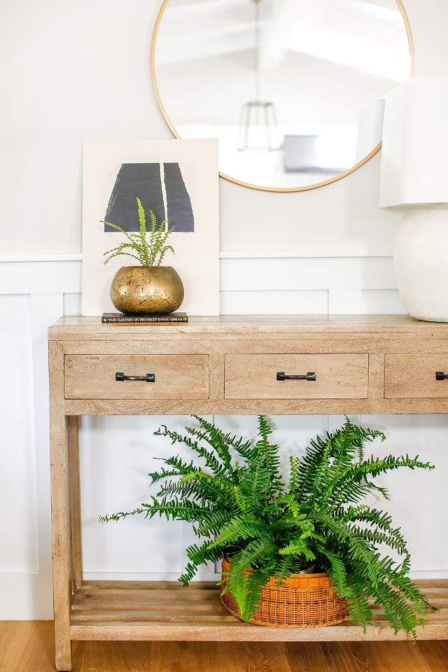 Get the look of this coastal-inspired entryway designed by Ausland Interiors via My Domaine.