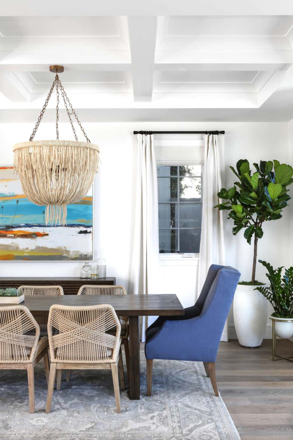 Beachy Traditional Dining Room, Beachy Dining Room Chairs