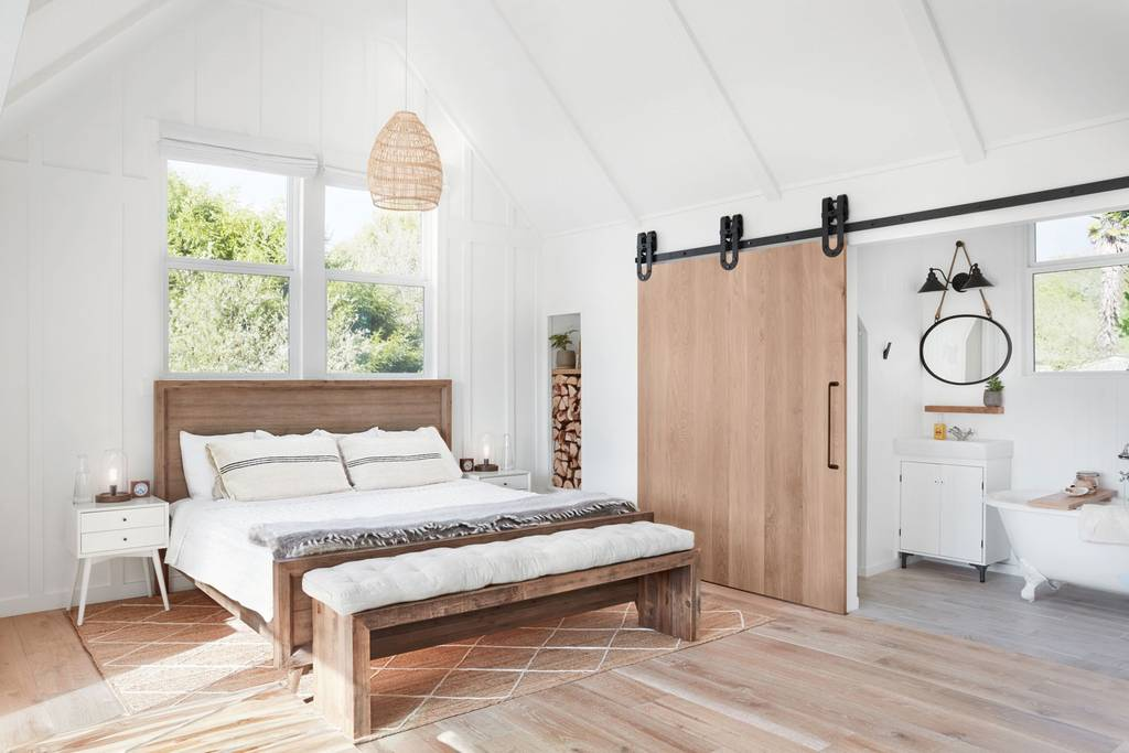 Eco-Luxury Farmhouse Oasis // Airbnb in Sonoma County, CA // Best Airbnb