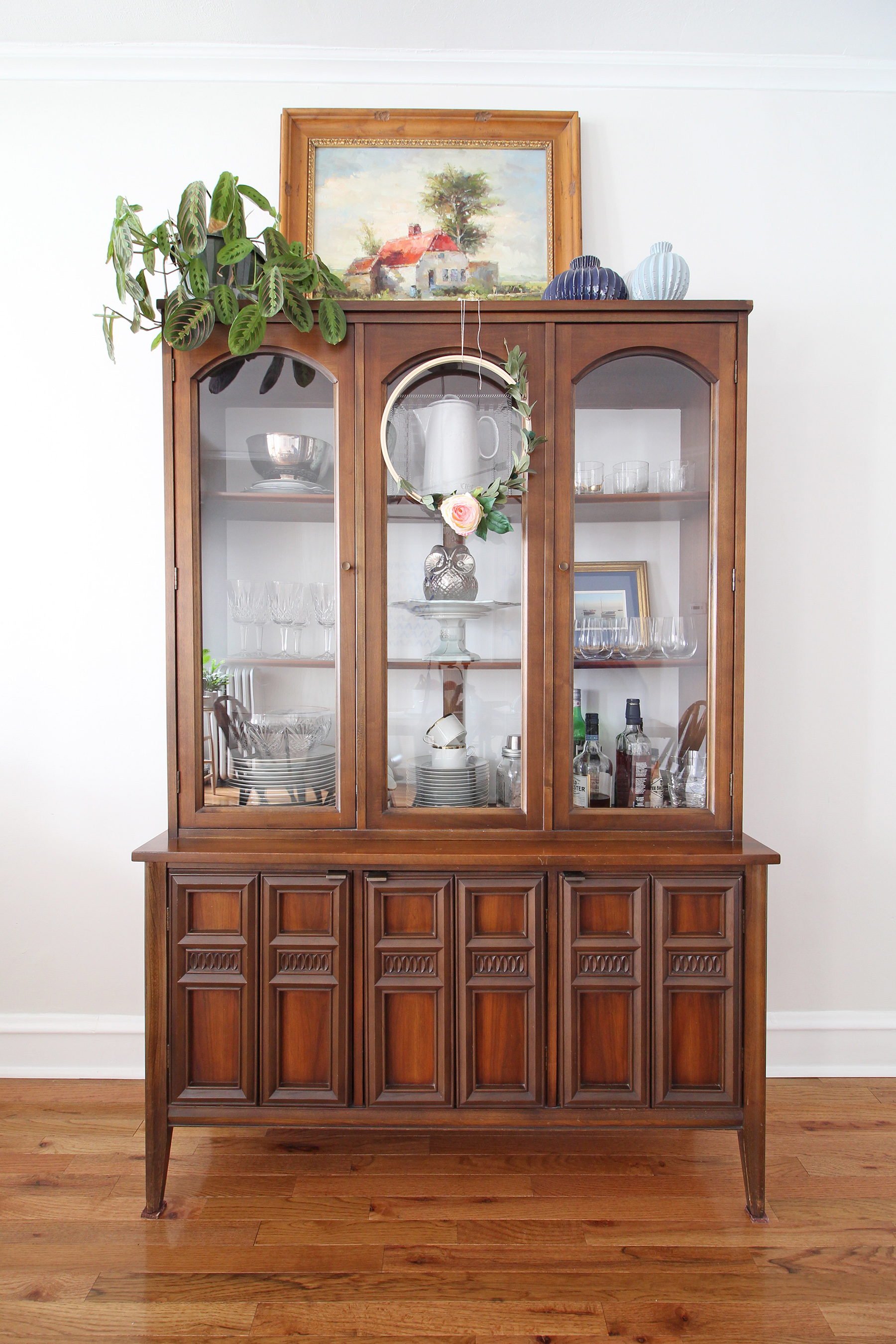 Mid-Century-Eclectic-Dining-Room-Hutch-2.jpg