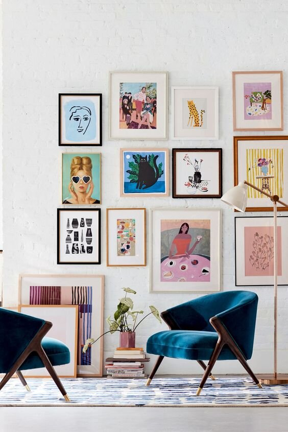 Eclectic-Gallery-Wall-Similar-Art-Different-Frames.jpg