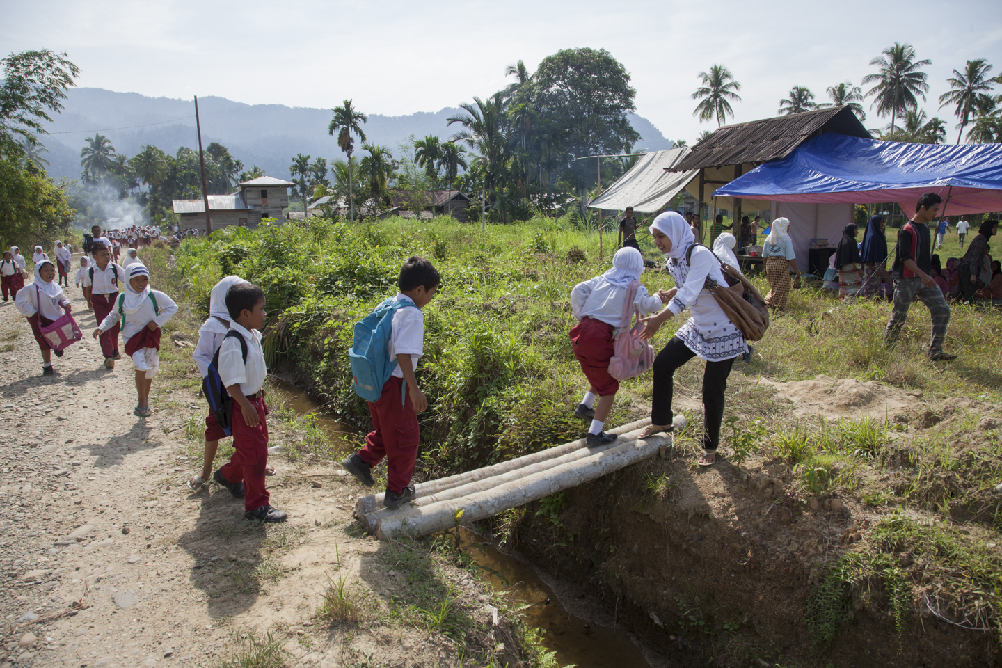 Disaster Simulation in the village of Lawe Sawah, south of Tapaktuan, Southern Aceh, Indonesia.