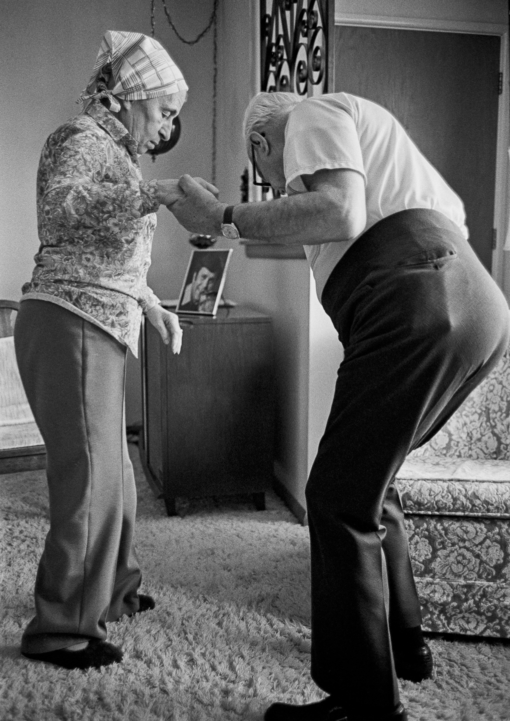 Mother would get lost in the living room needing dad's guidance to her chair.