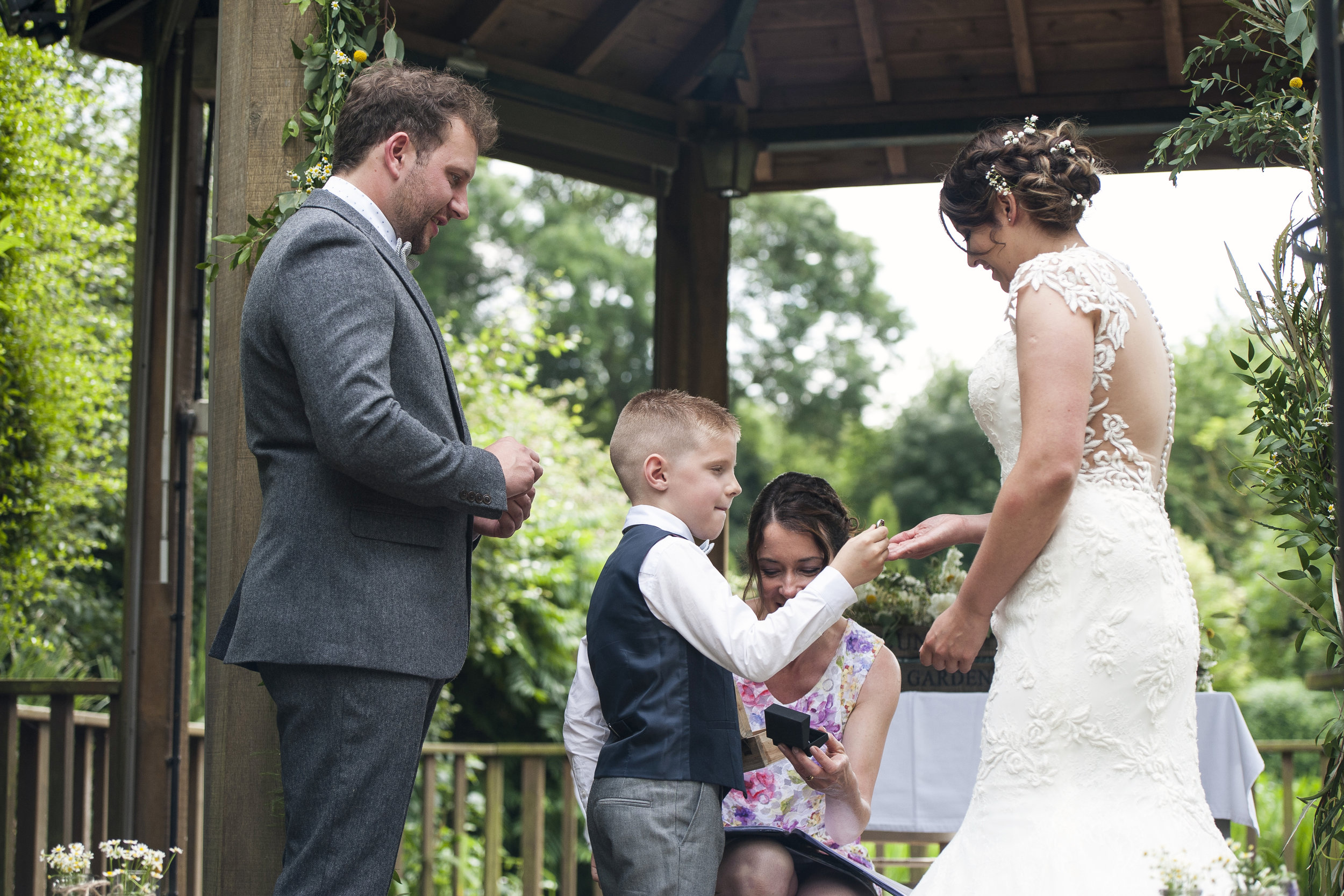 My Perfect Ceremony - Wedding Celebrant Testimonial - Abby & Neil