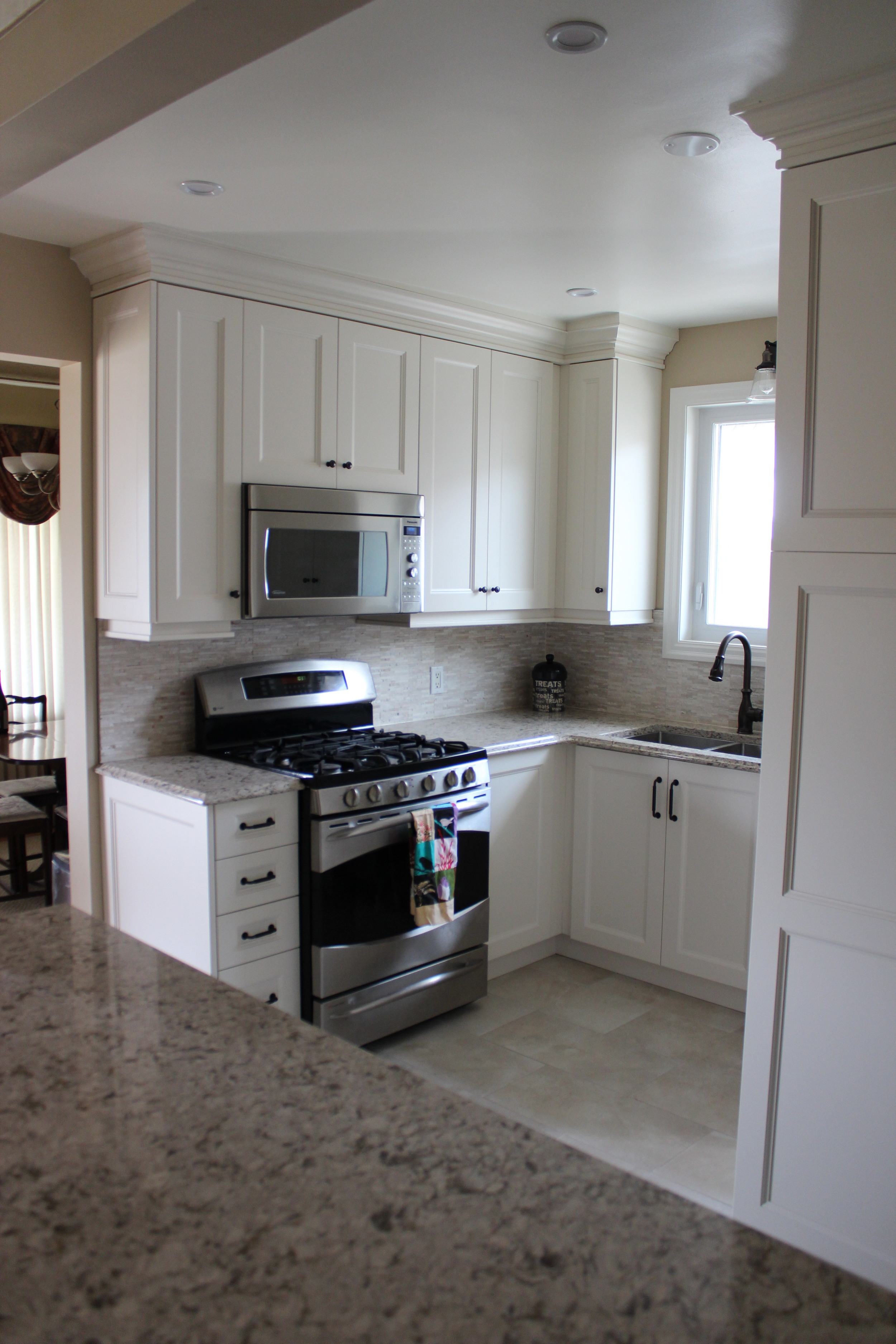 Bult-in appliances wasted no space in this compact floor plan.