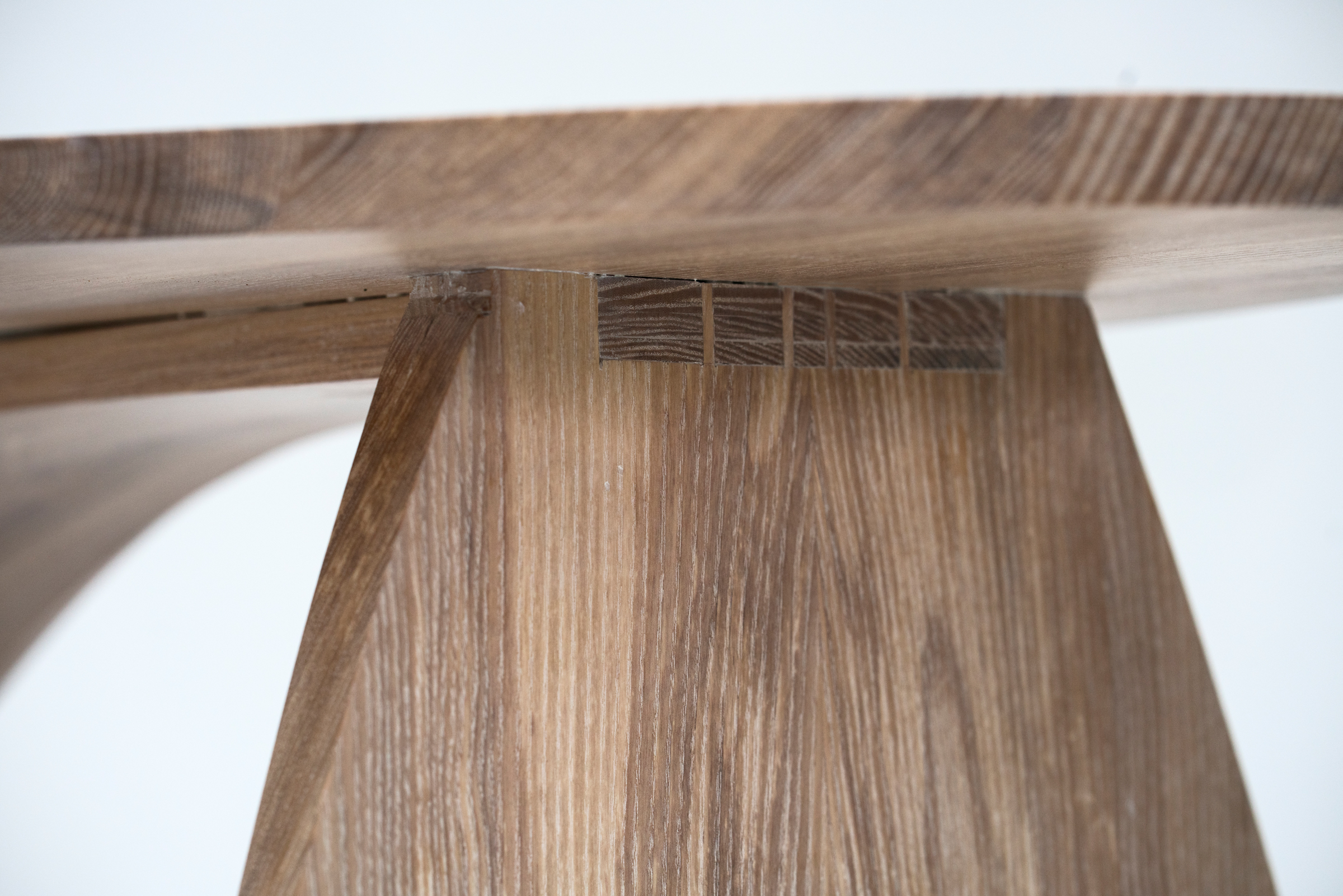 5 Dovetails that join the front leg to the back leg.