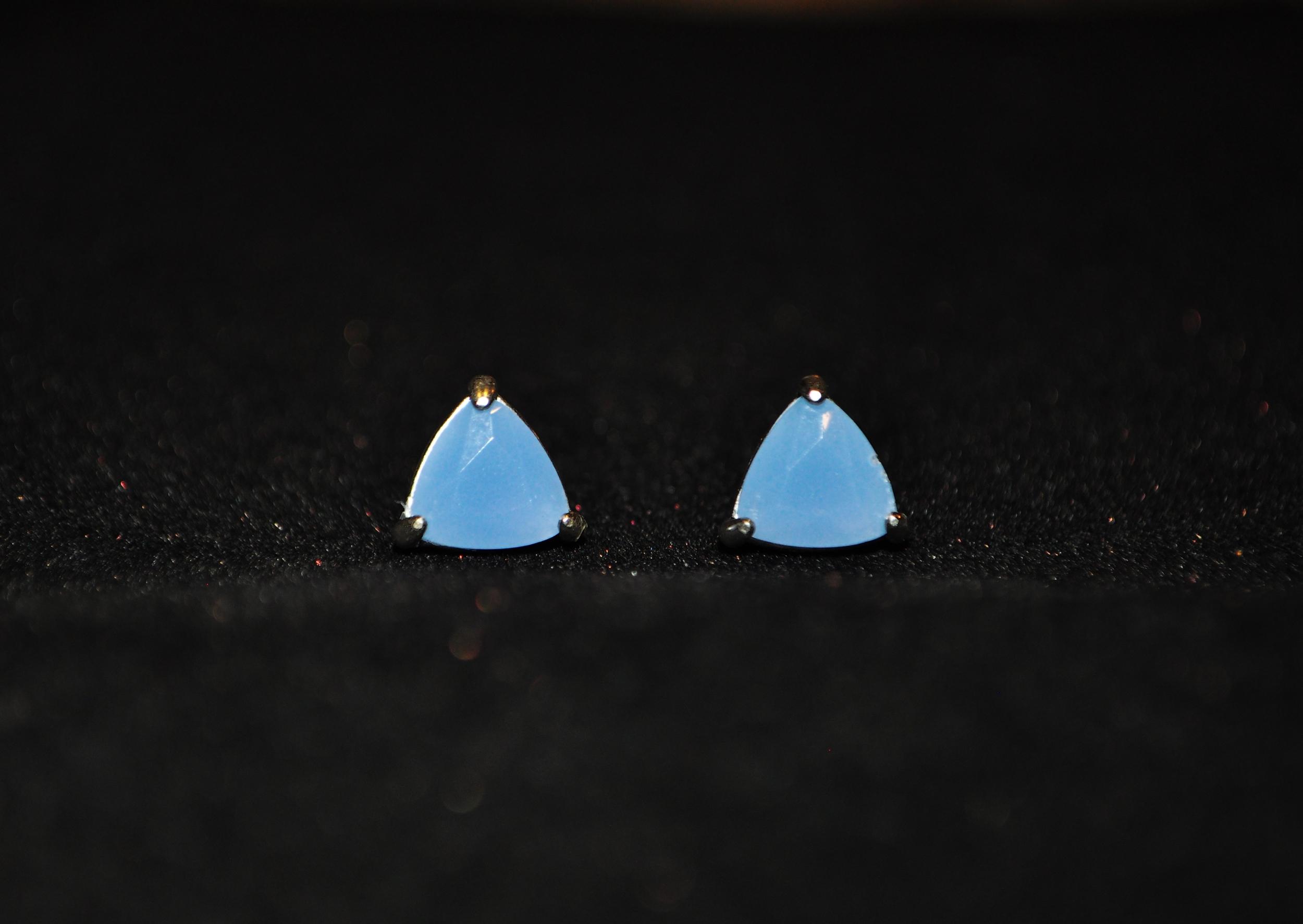 Dainty Earrings 3.jpg