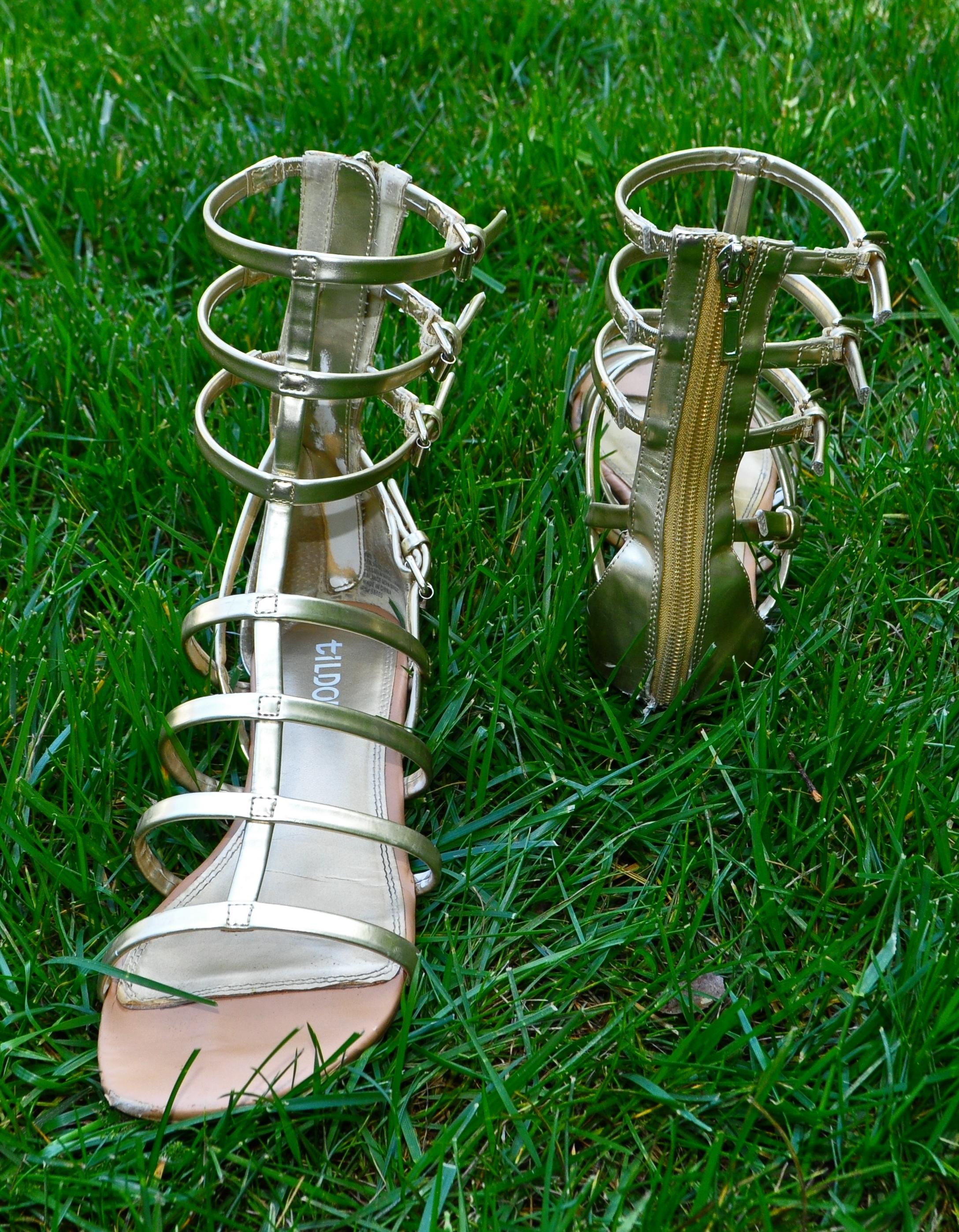 gold sandal pic 3.jpg