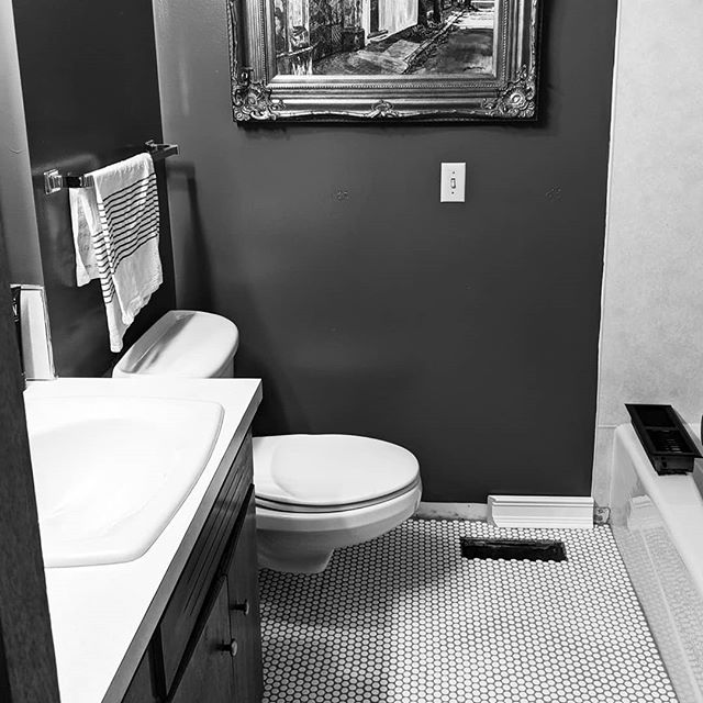 In case you missed it on stories...here is our latest diy/fixer upper project.  I dreamed this up and a sweet but reluctant Tim agreed to attempt putting in this new floor.  Well he nailed it and I'm so happy with the vintage feel to this bathroom! #pennytile is my favorite!  Now on to the next project.. . . . . . #homesweethome #diy #pennytile #bathroomupdate #vintageinspired #ourfixerupper #our60shome #homedecor #honestlywesthome #mywashingtonlife #everysquareastory #myweekonig