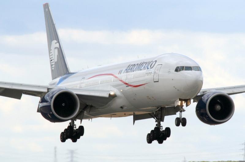 Mexico City  Aero Mexico jet.jpg
