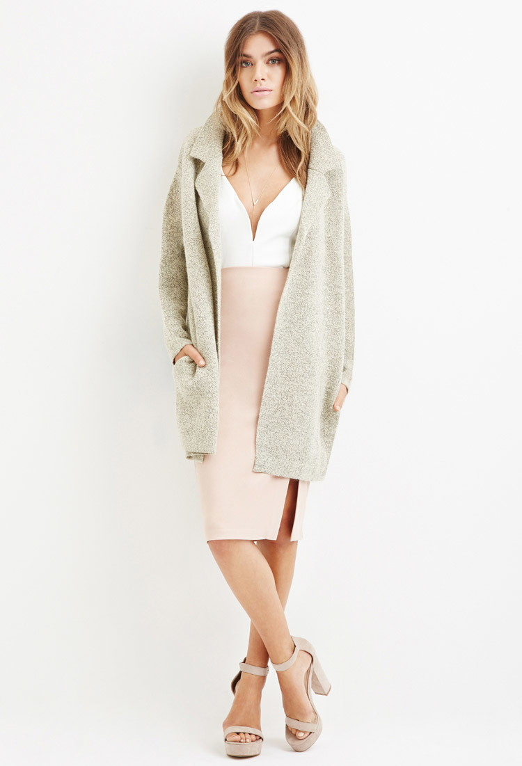 Boxy Marled Coat - Forever 21( I saw this and thought, I may need this in England ... sadly i didn't buy it)