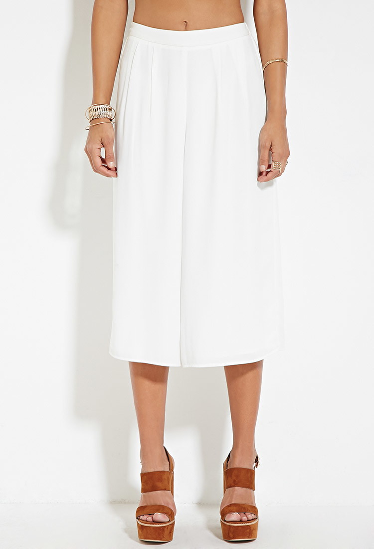 Pleated Wide Legged Culottes - Forever 21 (Purchased in Black) These are pants guys very cute very huge wide legged pants <3
