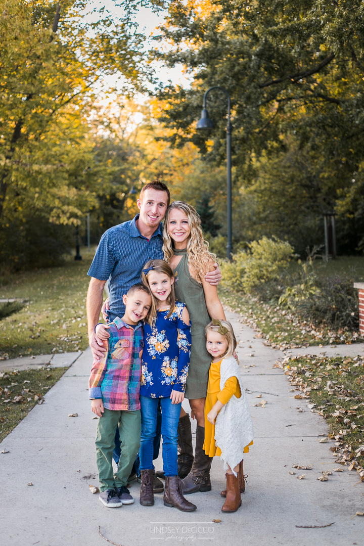 what to wear fall family pictures