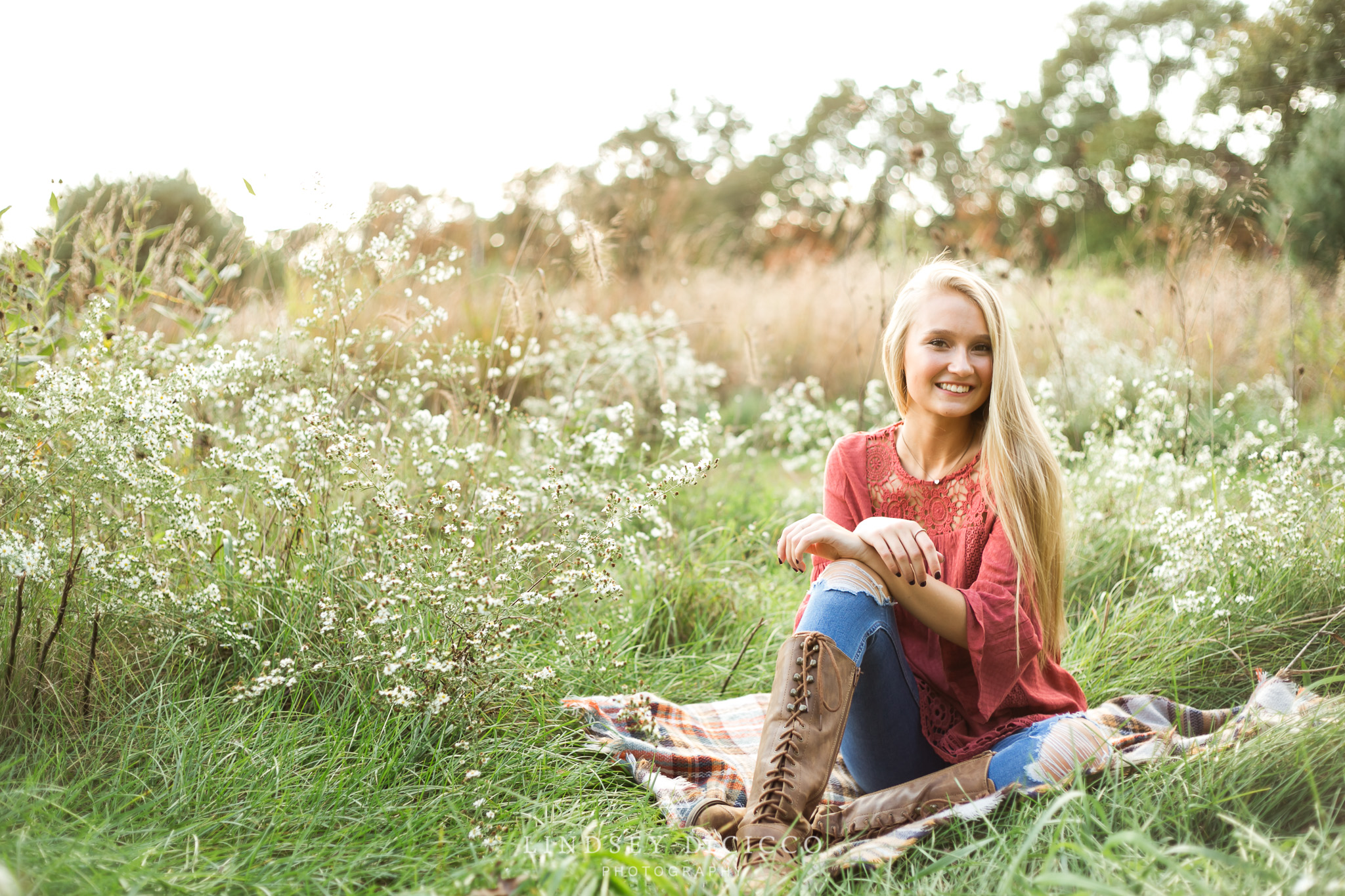 Senior pictures, girl in field