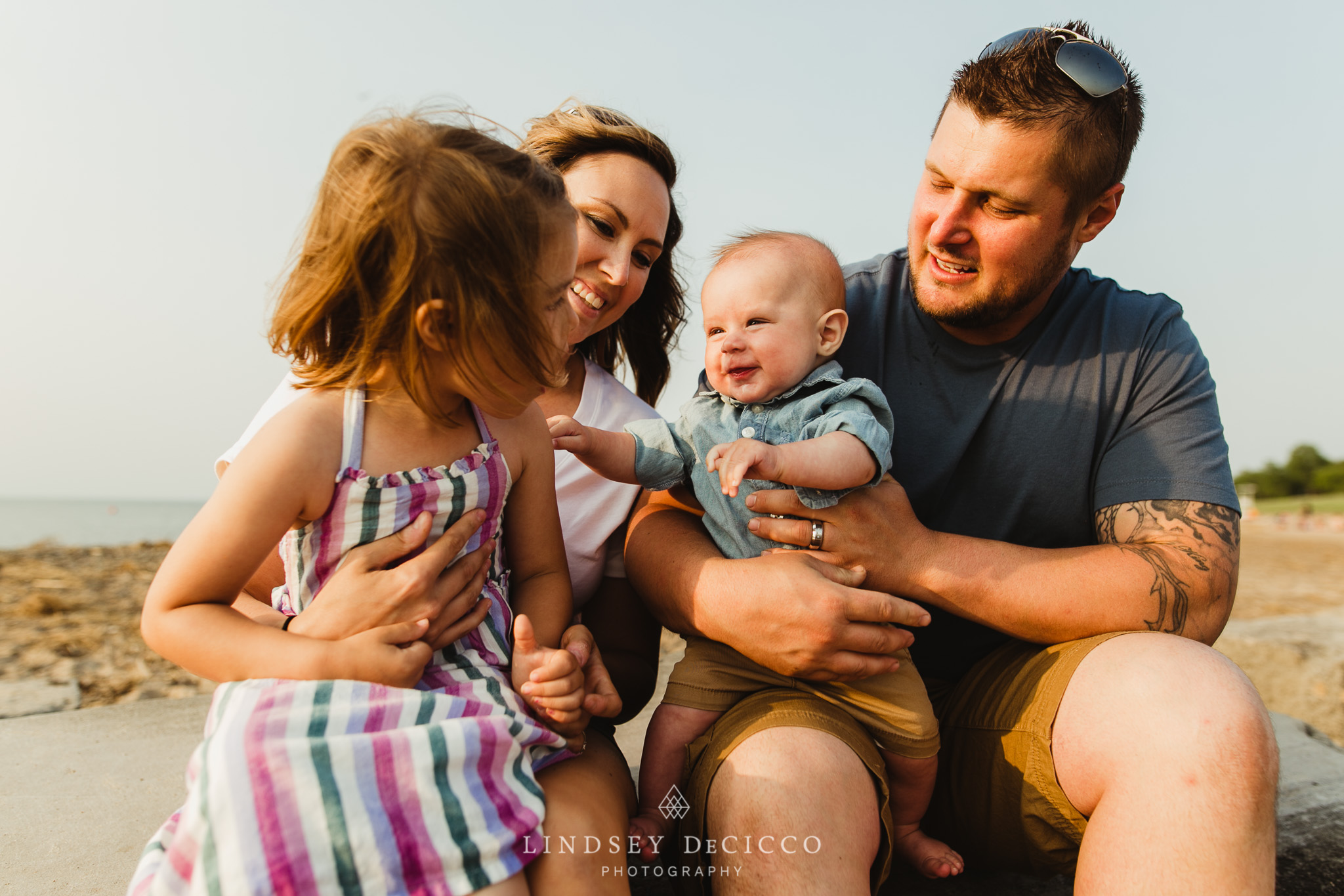 family journalism pictures on the beach