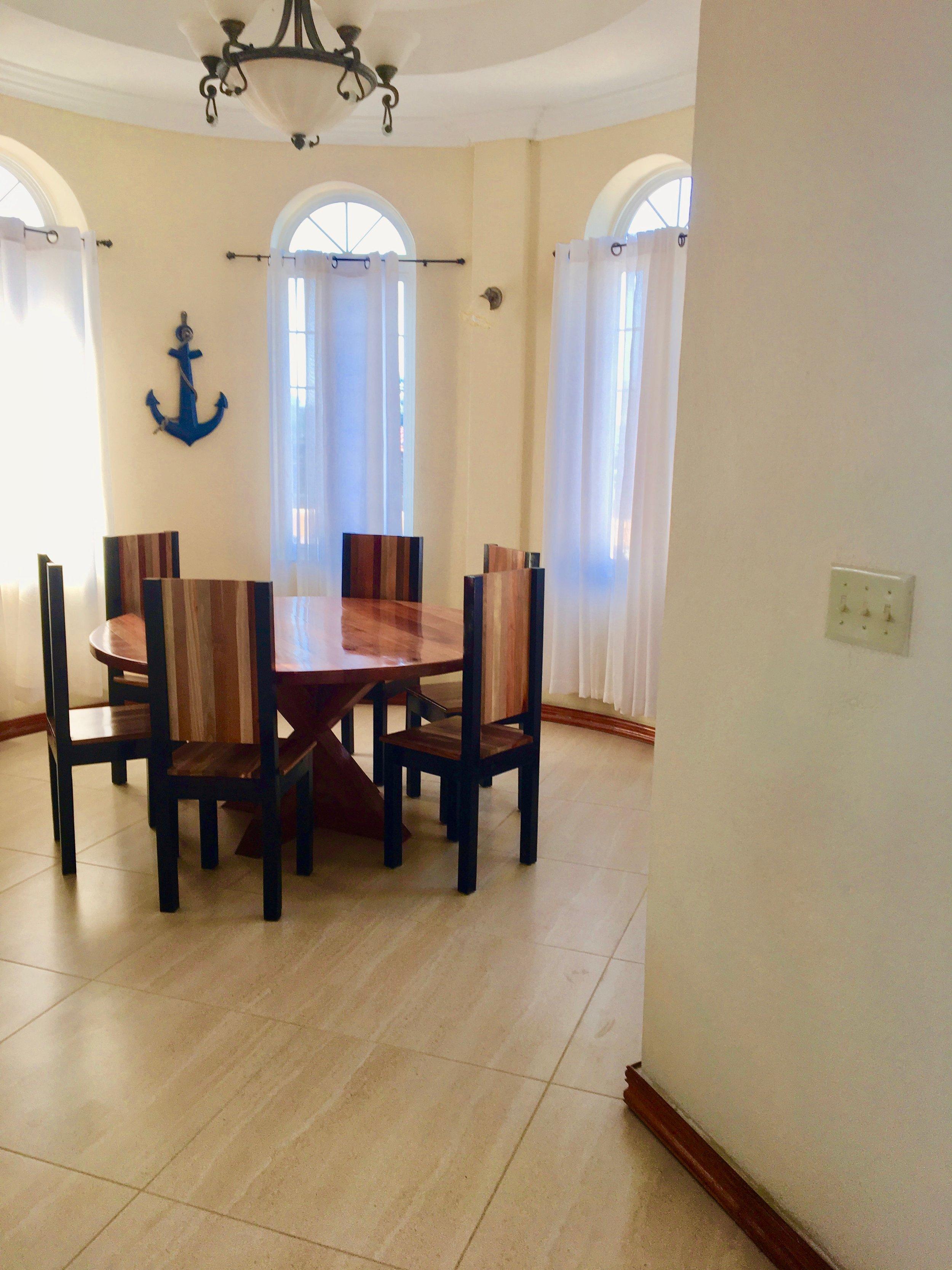 Dining Room Upper Villa