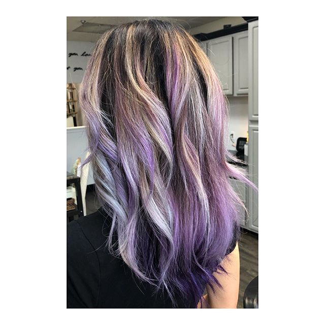 Seeing amazing results from the olaplex shampoo & conditioner. It's giving @cmaxon so much NEW growth and also strengthening her hair. Come try out olaplex at the salon ✨ • #infinitisalon #infinitportfolio #inspire #influence #illuminate #rochesterhairstylist #rocsalon #rochesterny#hair #hairdresser #style #lavender #lavenderhair #dyson #moroccanoil #olaplex #olaplextreatment #olaplexsalon #lovewhatyoudo #ny #nysalon #olaplexhair