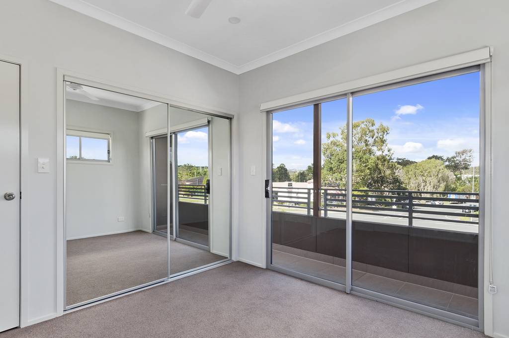 008_Open2view_ID410235-2_Carnavon_Court__Oxenford__Gold_Coast_.jpg