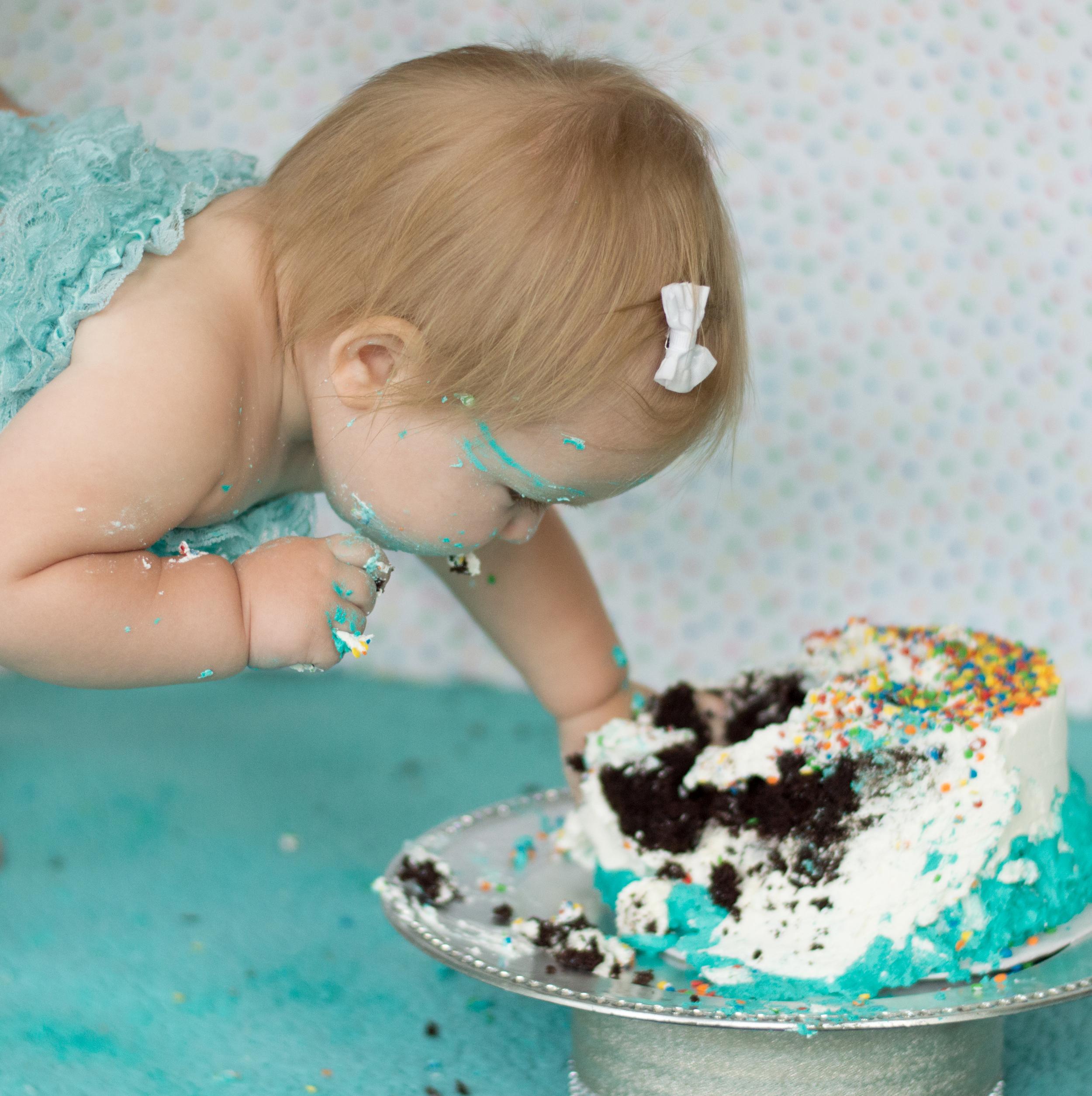 Skylan's 1st cake smash-57.jpg