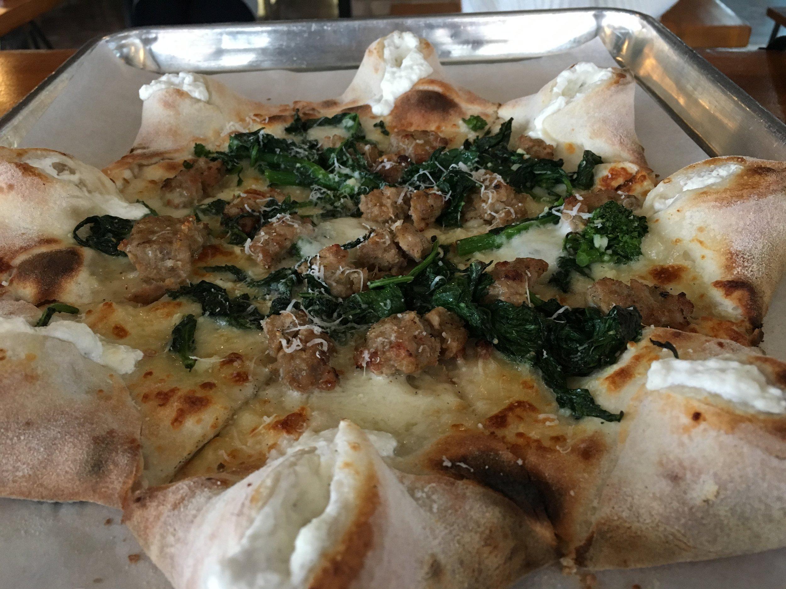 NAPOLETANA  - Broccoli rabe, sausage, scamorza, mozzarella di bufala, pecorino romano