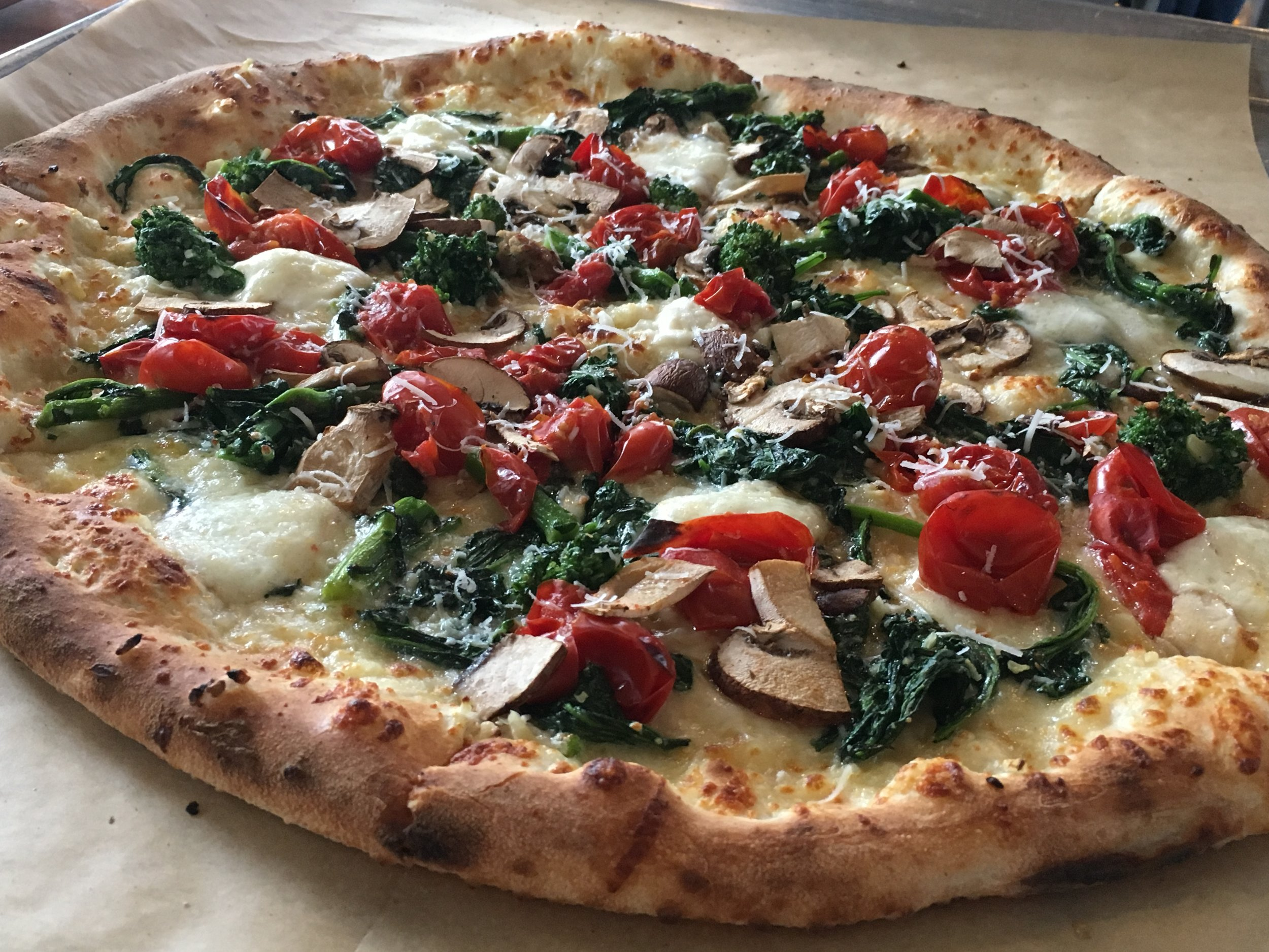 VERDURA  - Broccoli rabe, mushrooms, Vesuvian cherry tomatoes, garlic, scamorza, mozzarella di bufala, pecorino romano