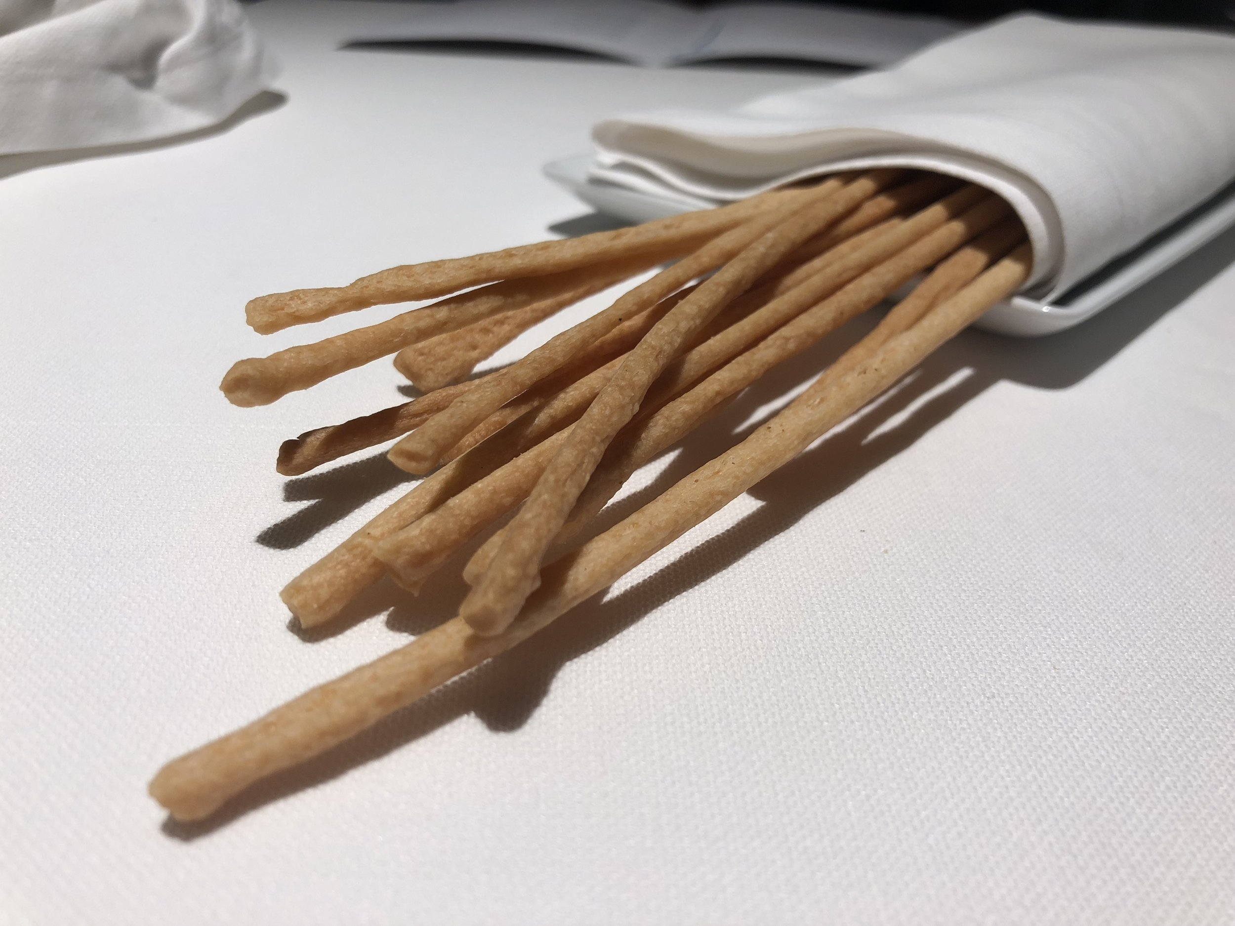 bread sticks - They brought these out as if to say, okay we gave you the old traditional shitty bread so now we're going to give you something good. These breadsticks were excellent, made with olive oil and parmesan. Crunchy and flavorful.