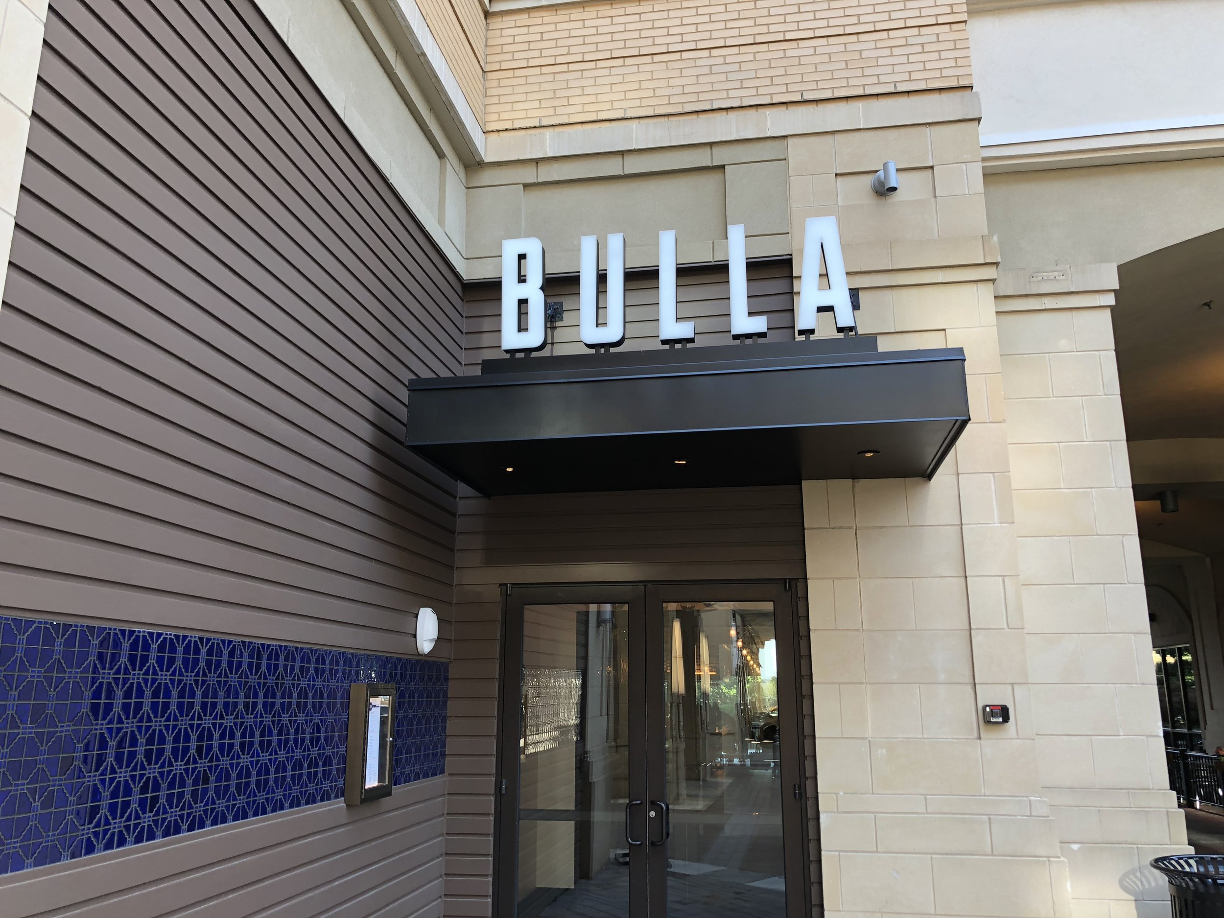 Exterior of Bulla Charlotte