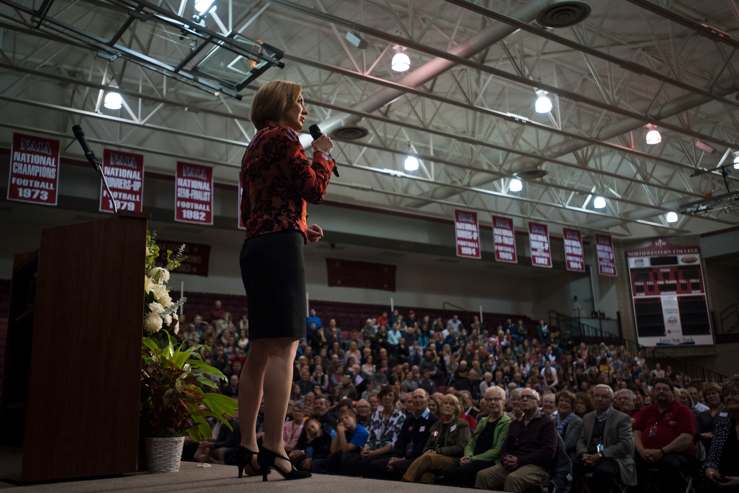 Republican presidential candidate Carly Fiorina speaks at the Northwest Iowa Republican rally at Northwestern College in Orange City, Iowa