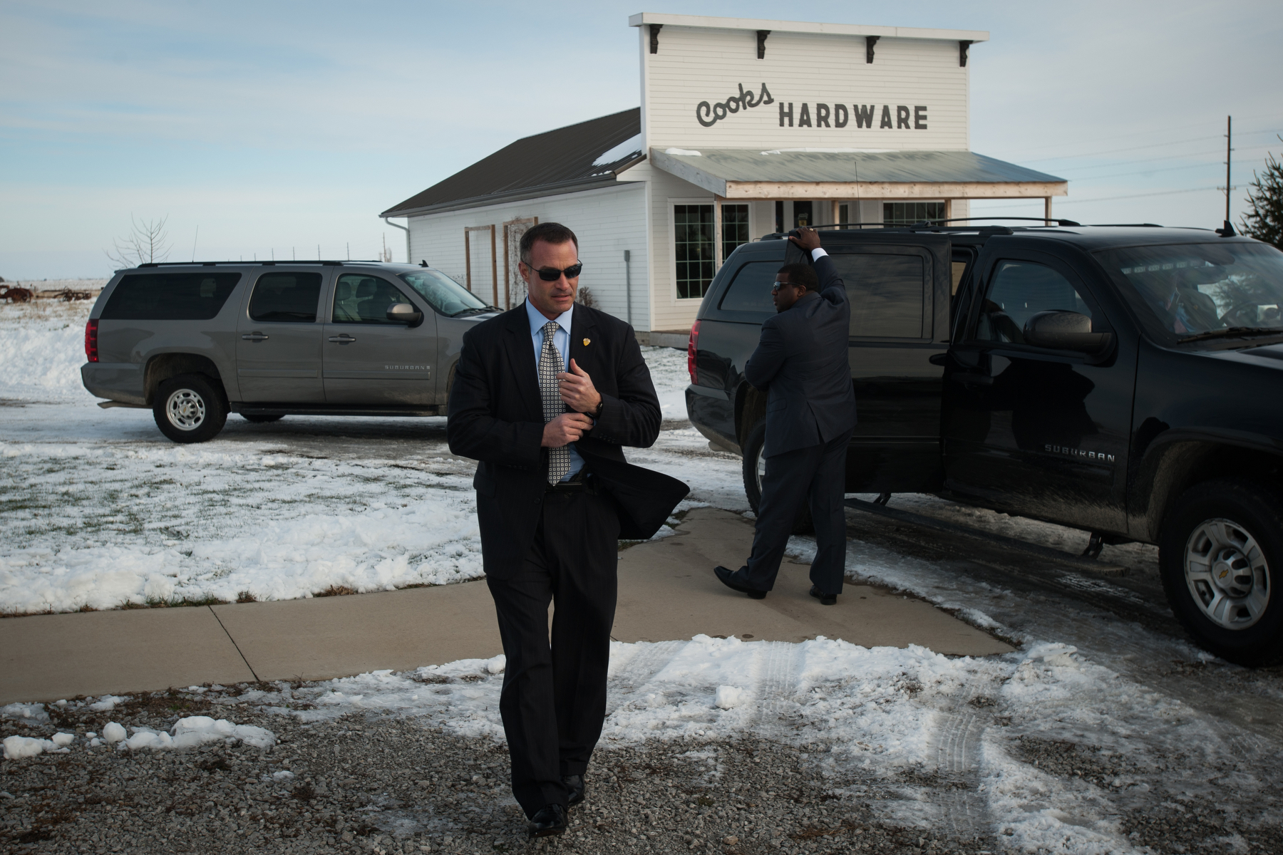 Republican U.S. presidential candidate Ben Carson speaks at South Bethel Church in Tipton, Iowa November 22, 2015. REUTERS/Mark Kauzlarich