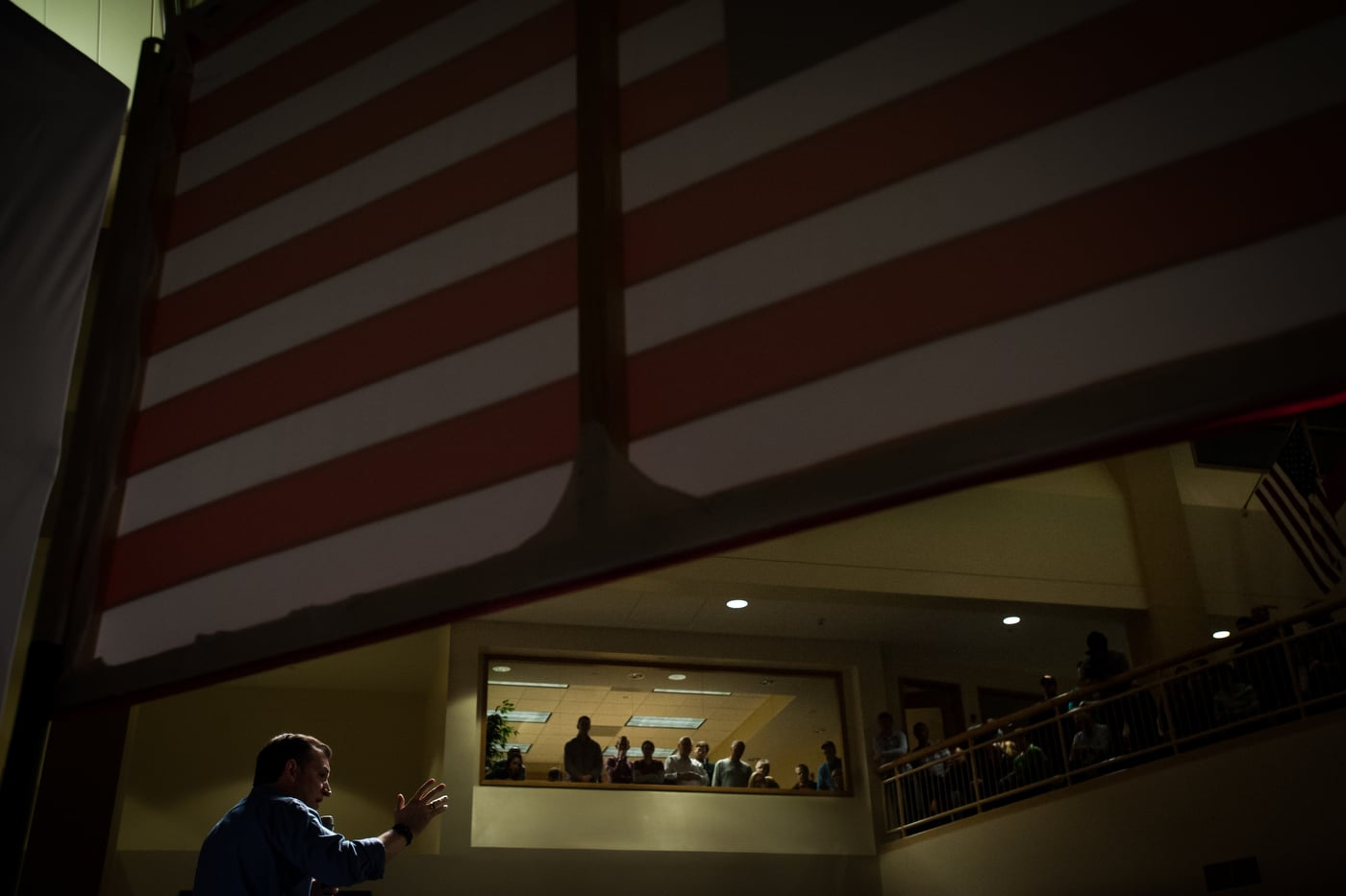 U.S. Republican presidential candidate Ted Cruz speaks at a campaign stop Dordt College in Sioux Center, Iowa January 5, 2016. The stop is a part of Cruz' six-day bus tour through Iowa. REUTERS/Mark Kauzlarich