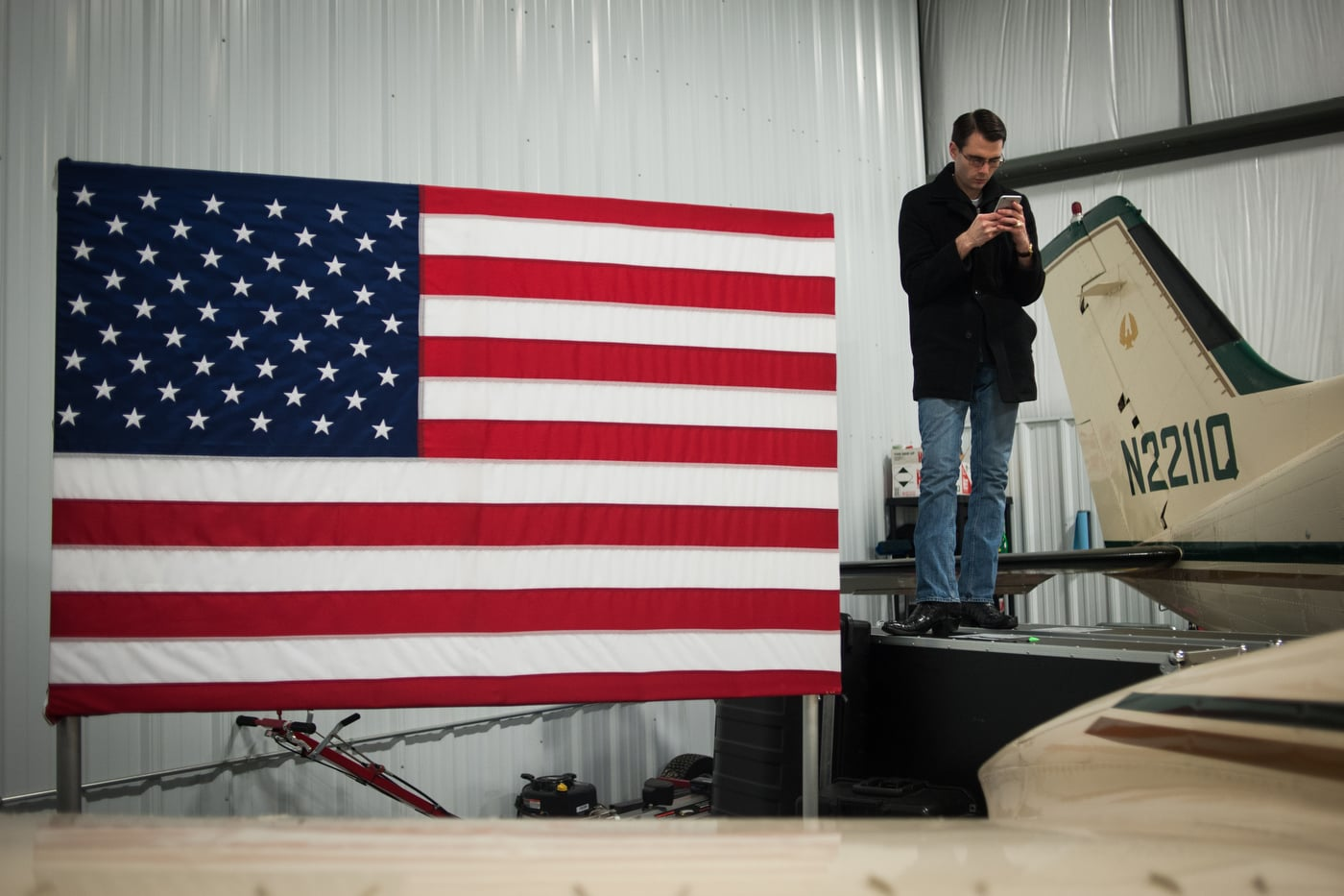 U.S. Republican presidential candidate Ted Cruz speaks at the Webster City Municipal Airport in in Webster City, Iowa January 7, 2016. REUTERS/Mark Kauzlarich