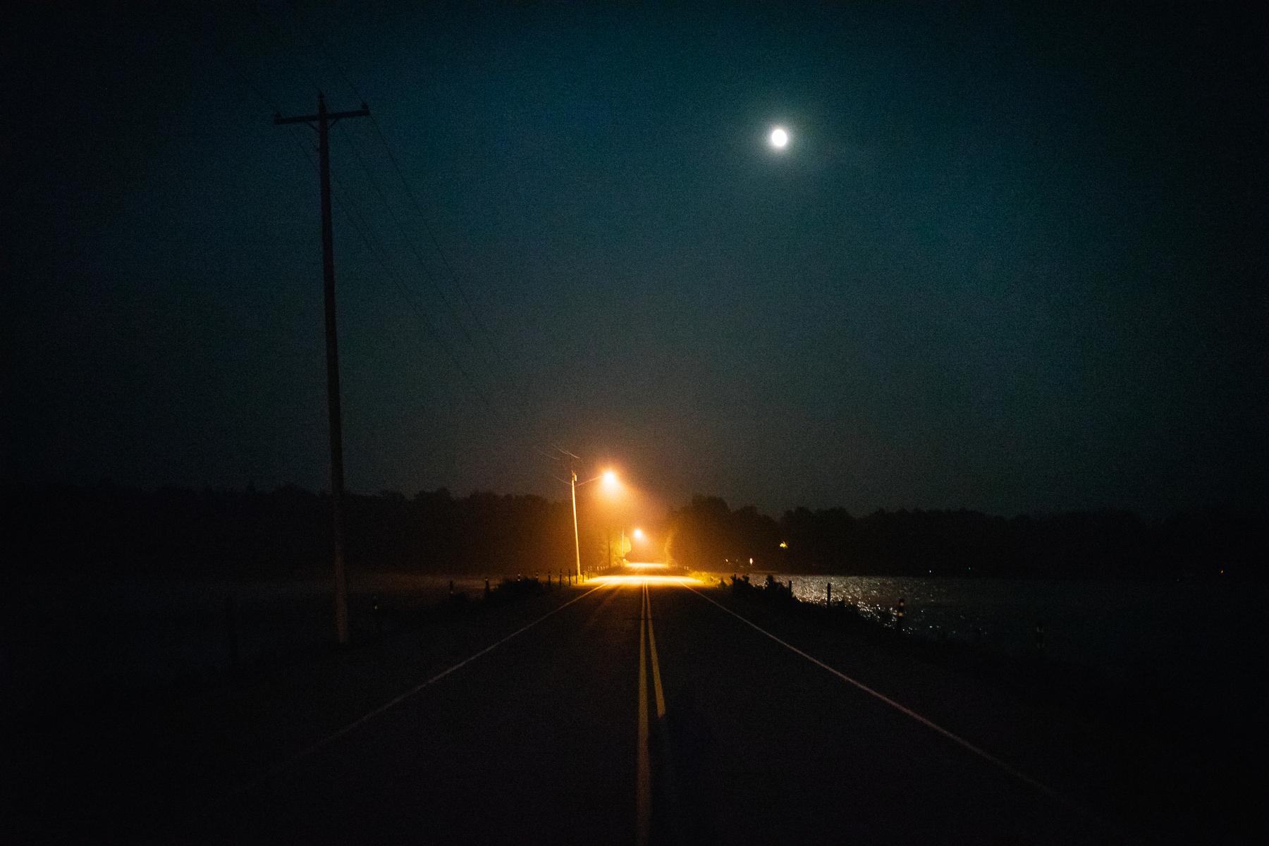 Nighttime scenes at Kangaroo Lake and Stonehenge Golf Course