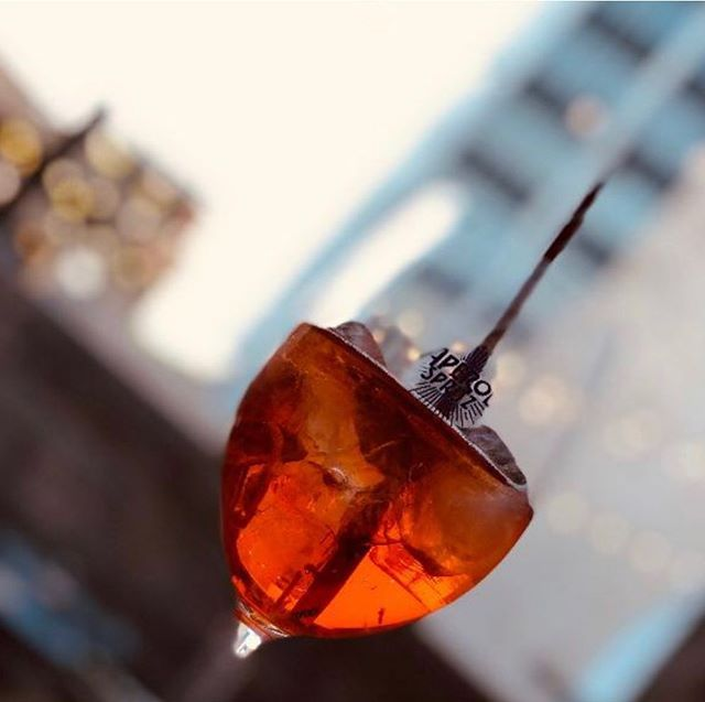 Sunday The unofficial drink of summer kicks-off its second favorite season.  Bottomless Aperol Spritz' All Sunday long $25 (and no work on Monday, plenty of time for Bocce)  #nhv #inwiththeoutside #avantgarden #summer #barfeatures #boccegarden #lastchanceforwhitepants #cocktailnhv @aperolspritzofficial