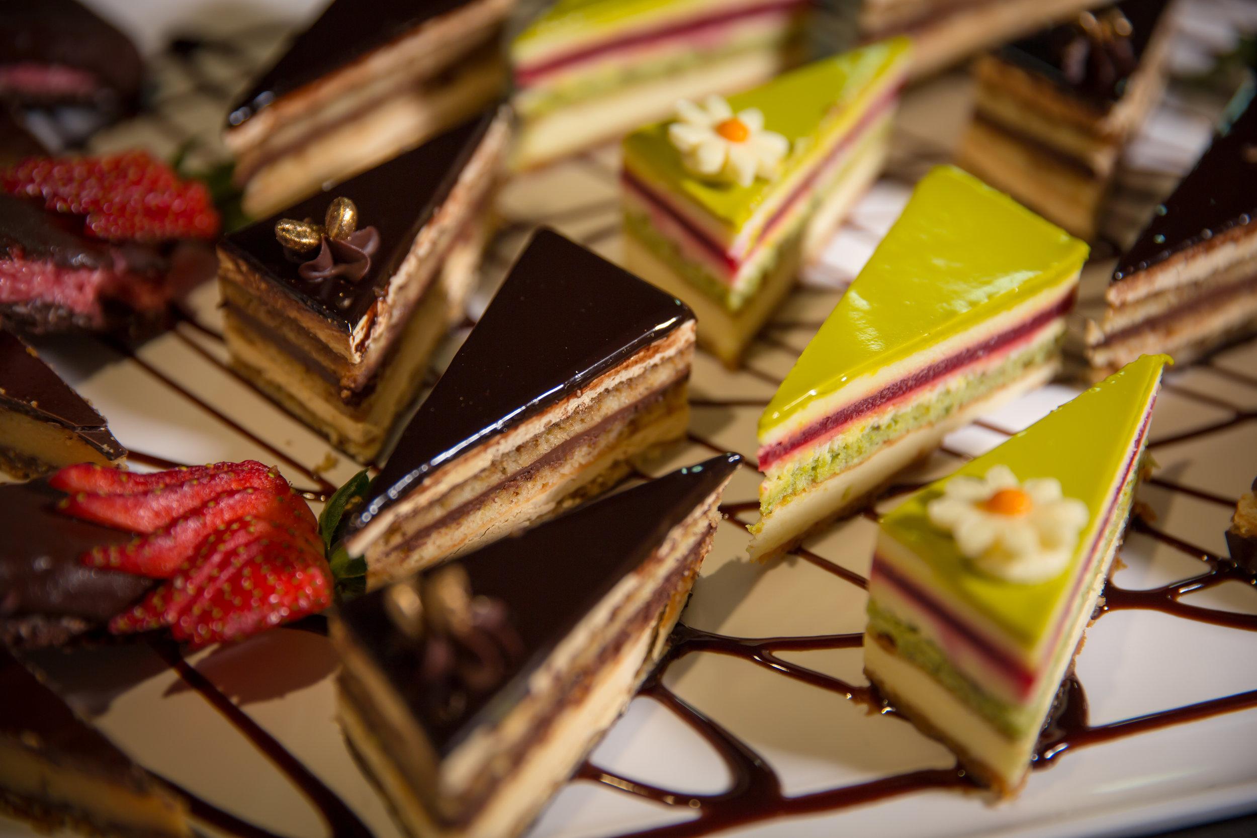 hillside-hotel-hills-district-desert-menu