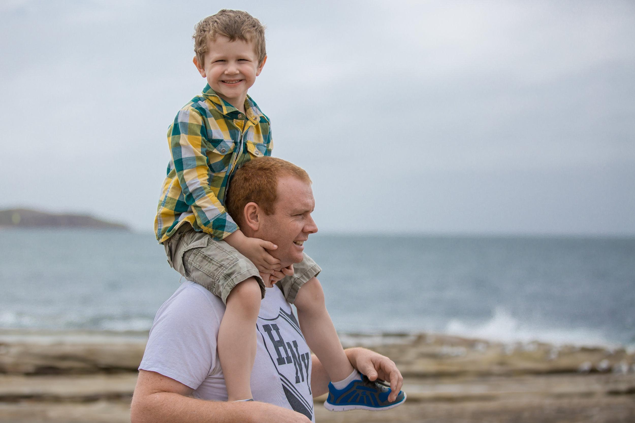 dee-why-beach-family-photo-shoot-sydney-photographer