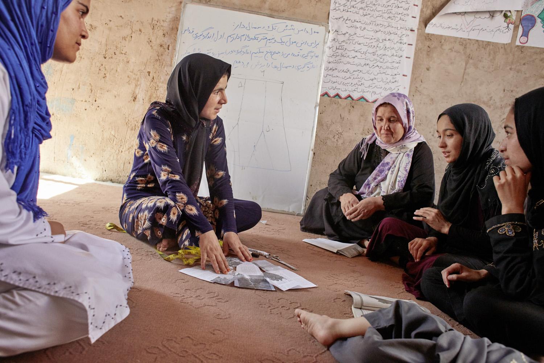 Inequalities_Afghanistan_Herat_community-change-women-tayloring-barbery_20160719_Afghanistan_WVI_1210.jpg