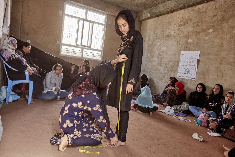 Inequalities_Afghanistan_Herat_community-change-women-tayloring-barbery_20160719_Afghanistan_WVI_1145.jpg