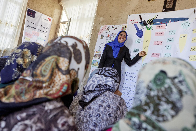 Inequalities_Afghanistan_Herat-community-change-WVI_20160719_Afghanistan_WVI_female_0752.jpg